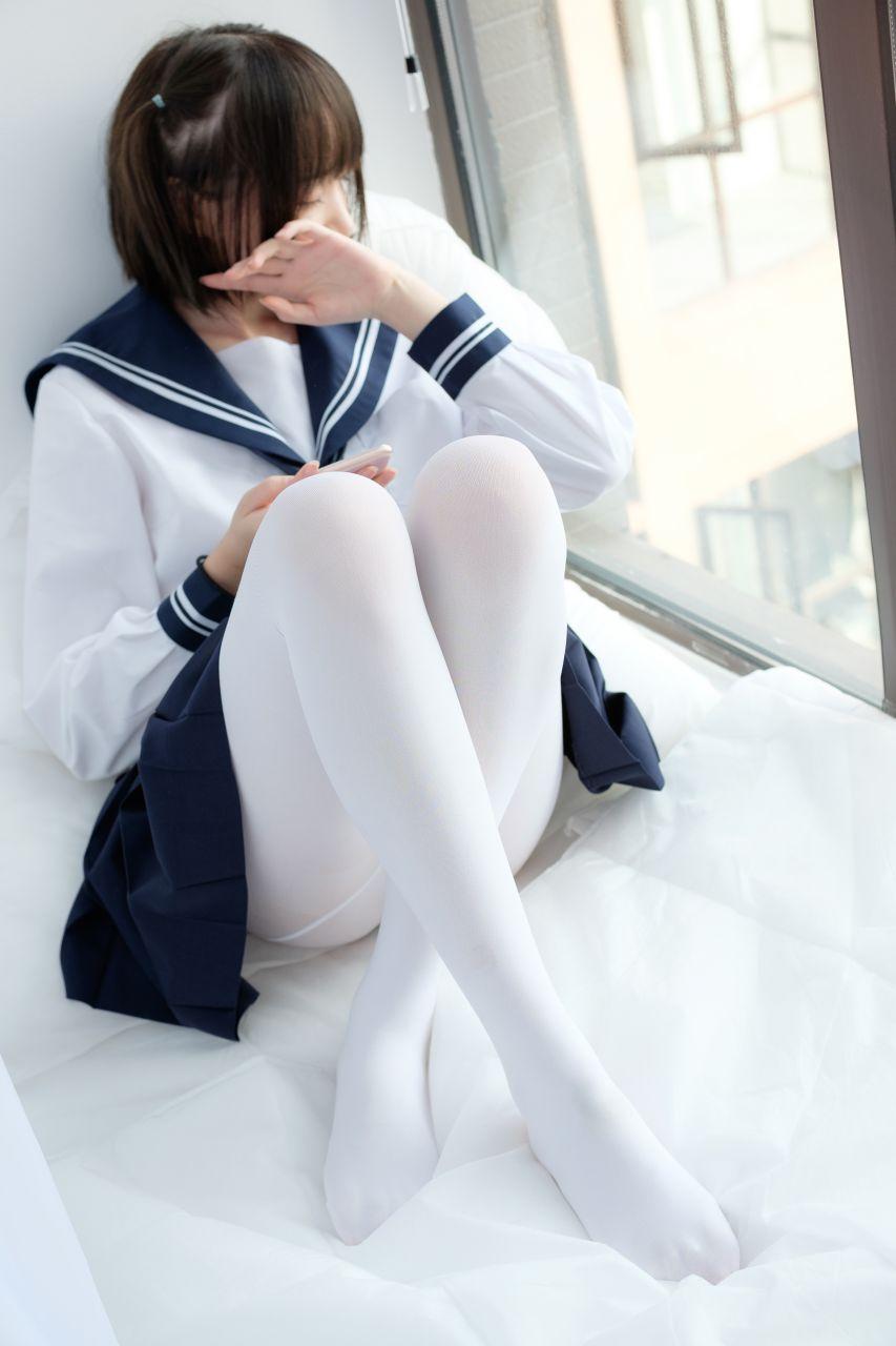 【森萝财团】森萝财团写真 – SSR-002 白丝水手服 [75P-453MB] SSR系列 第1张