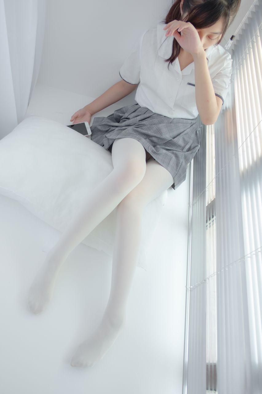 【森萝财团】森萝财团写真 - R15-028 吹弹可破 [96P-457MB] R15系列 第3张