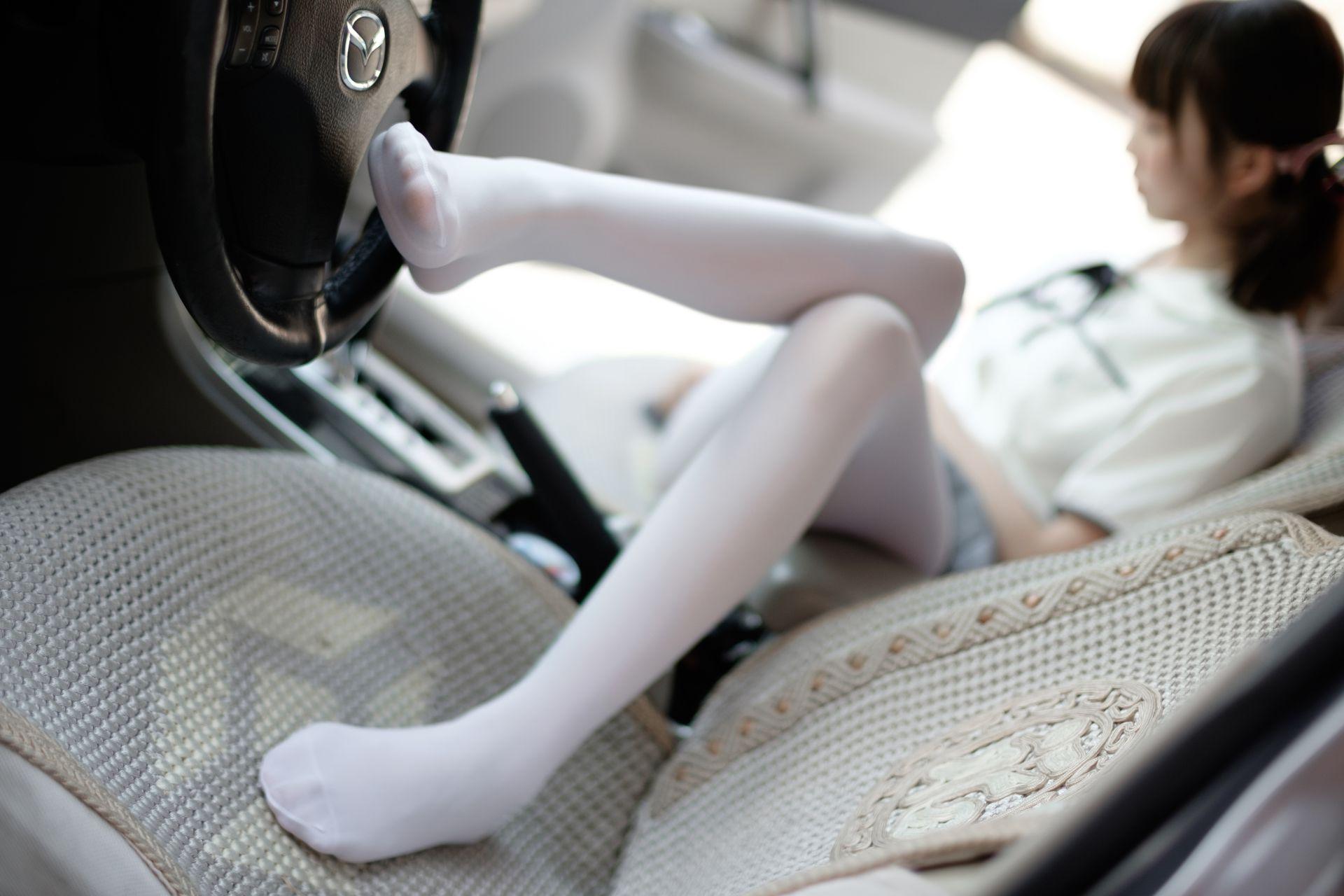 【森萝财团】森萝财团写真 - R15-023 白丝足控腿控 [75P-502MB] R15系列 第2张
