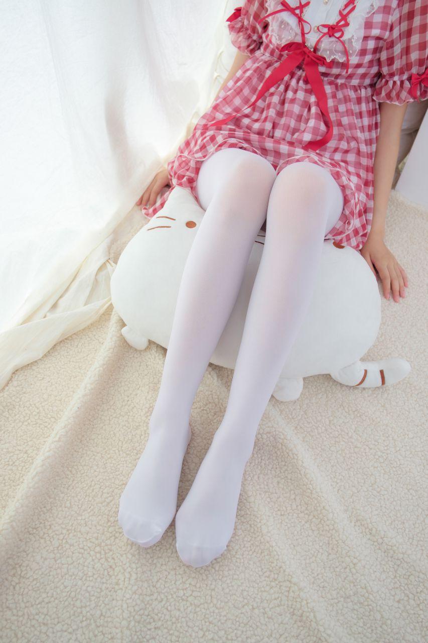 【森萝财团】森萝财团写真 - R15-011 红色格子裙白丝MM [67P-388MB] R15系列 第1张