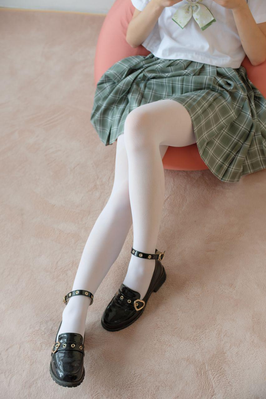 【森萝财团】森萝财团写真 - BETA-023 JK白丝少女的美足 [225P-1.77GB] BETA系列 第2张