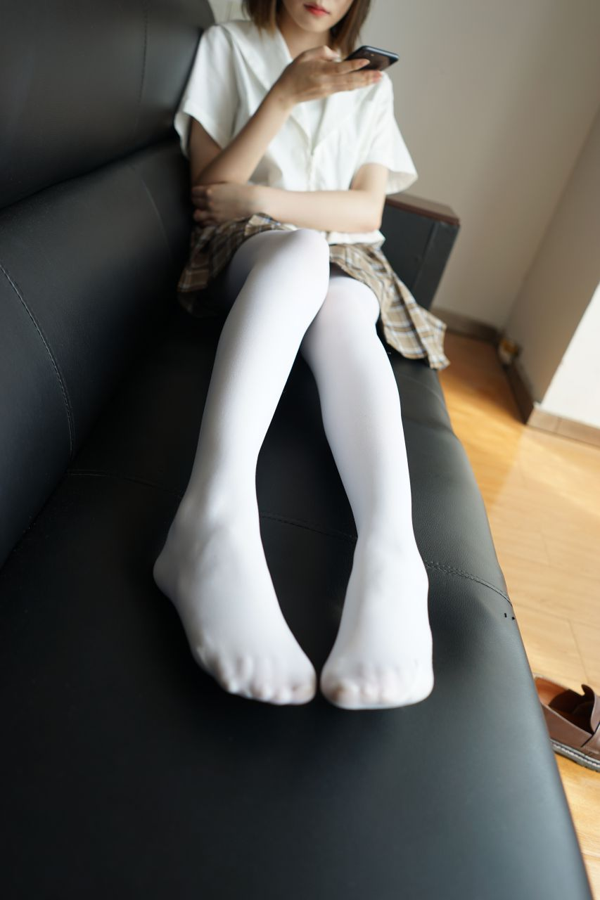 【森萝财团】森萝财团写真 - BETA-021 白丝格子裙 [212P-0.98GB] BETA系列 第1张