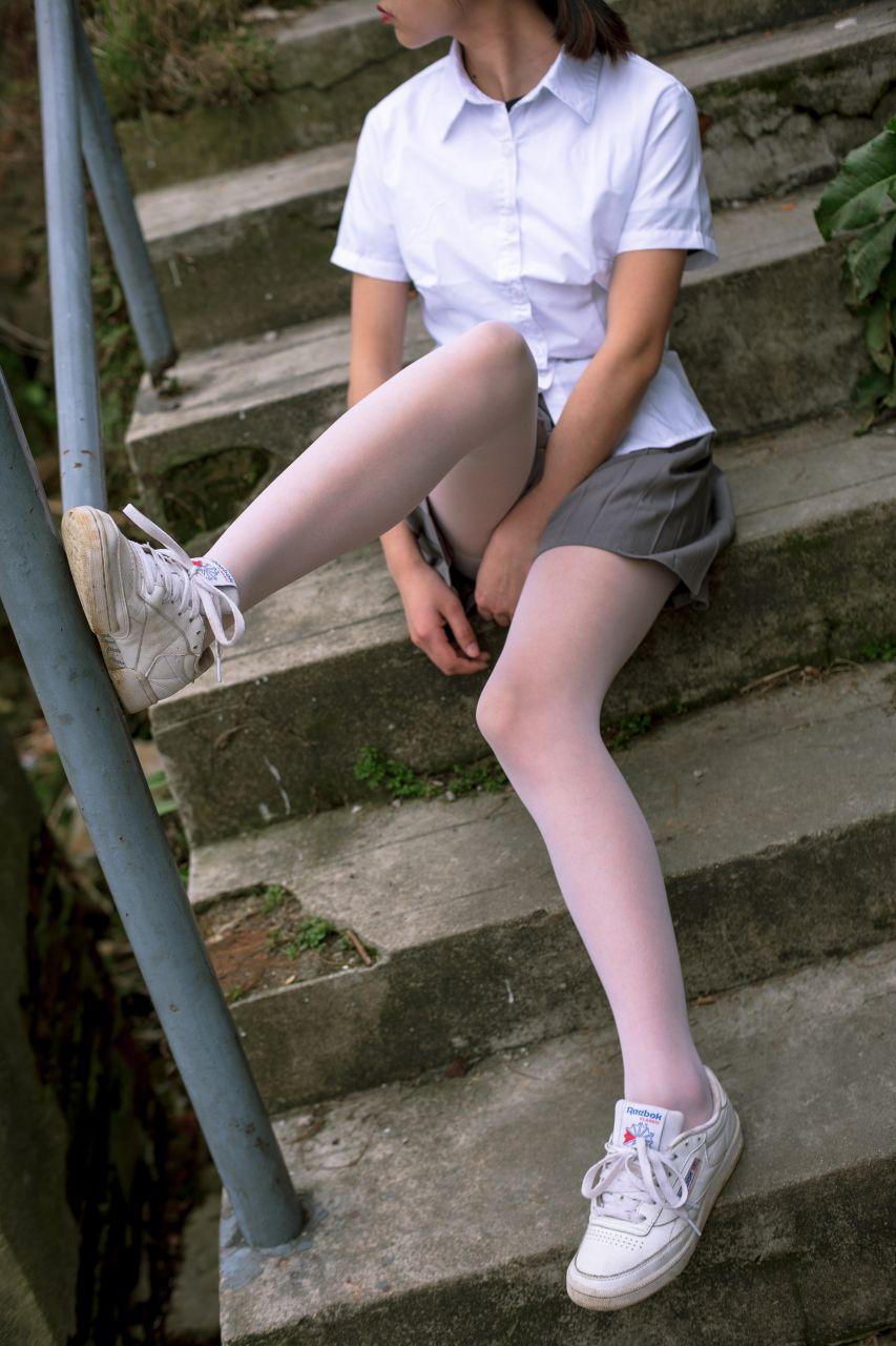 【森萝财团】森萝财团写真 - BETA-014 学生妹的外拍写真 [85P-946MB] BETA系列 第4张
