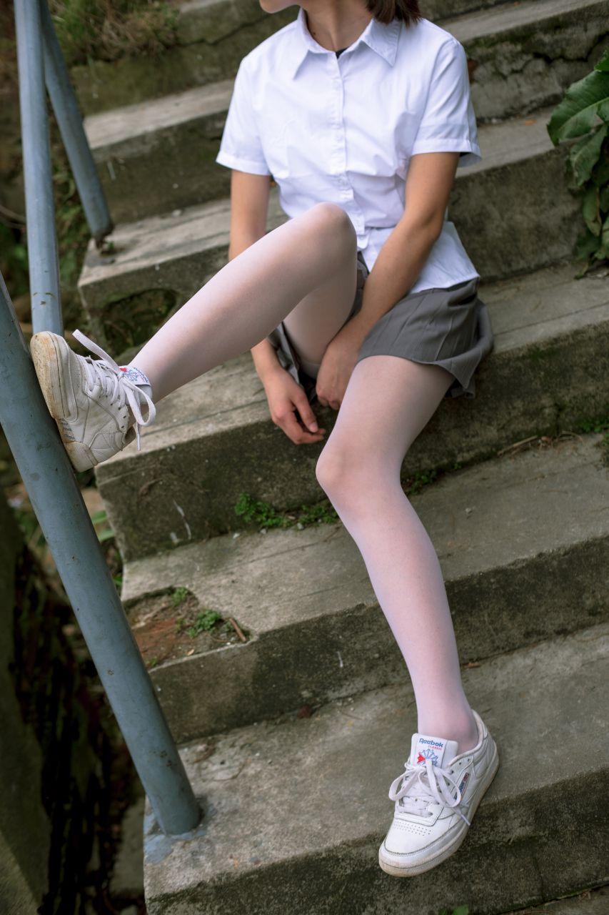 【森萝财团】森萝财团写真 - BETA-014 学生妹的外拍写真 [85P-946MB] BETA系列 第3张