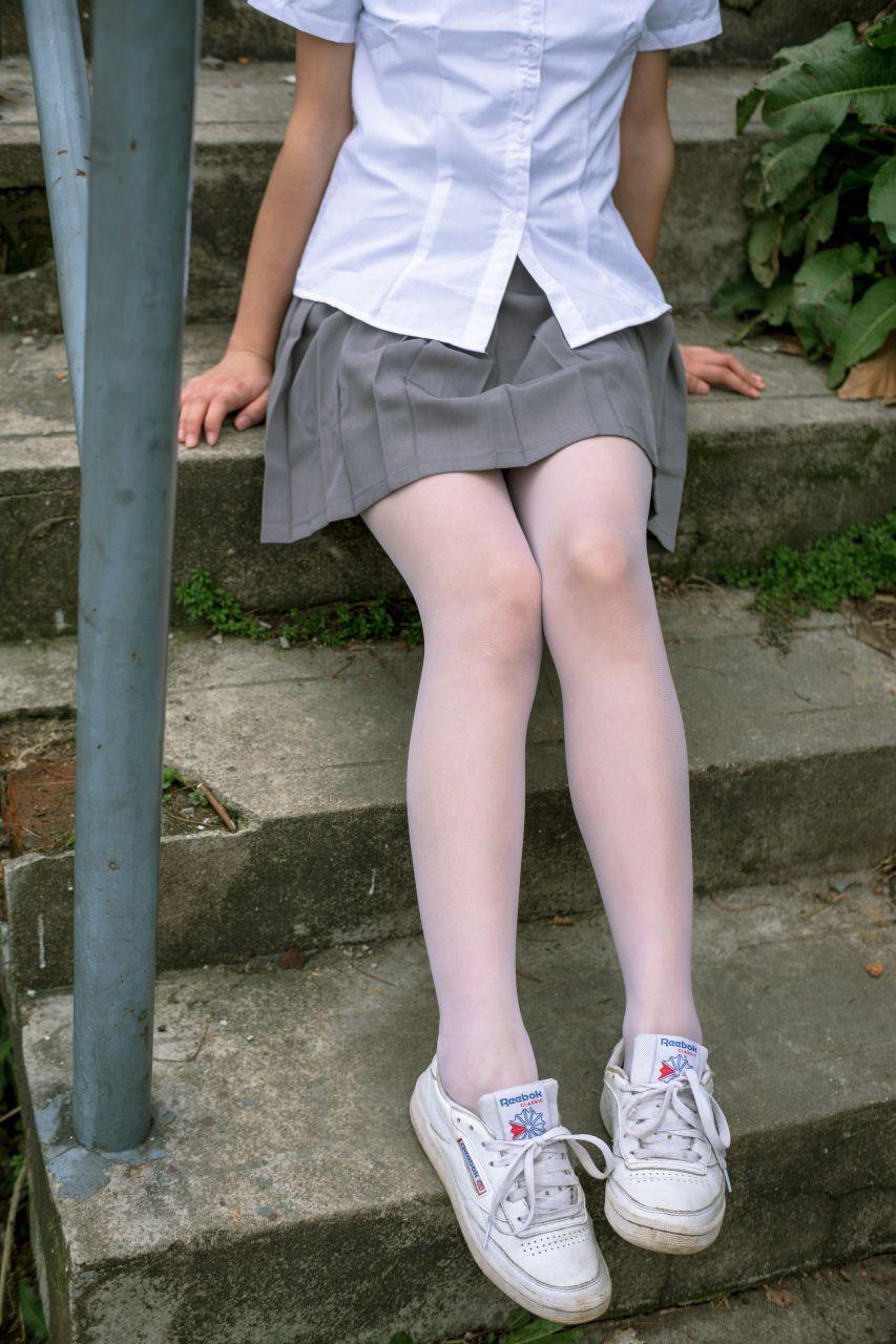 【森萝财团】森萝财团写真 - BETA-014 学生妹的外拍写真 [85P-946MB] BETA系列 第1张
