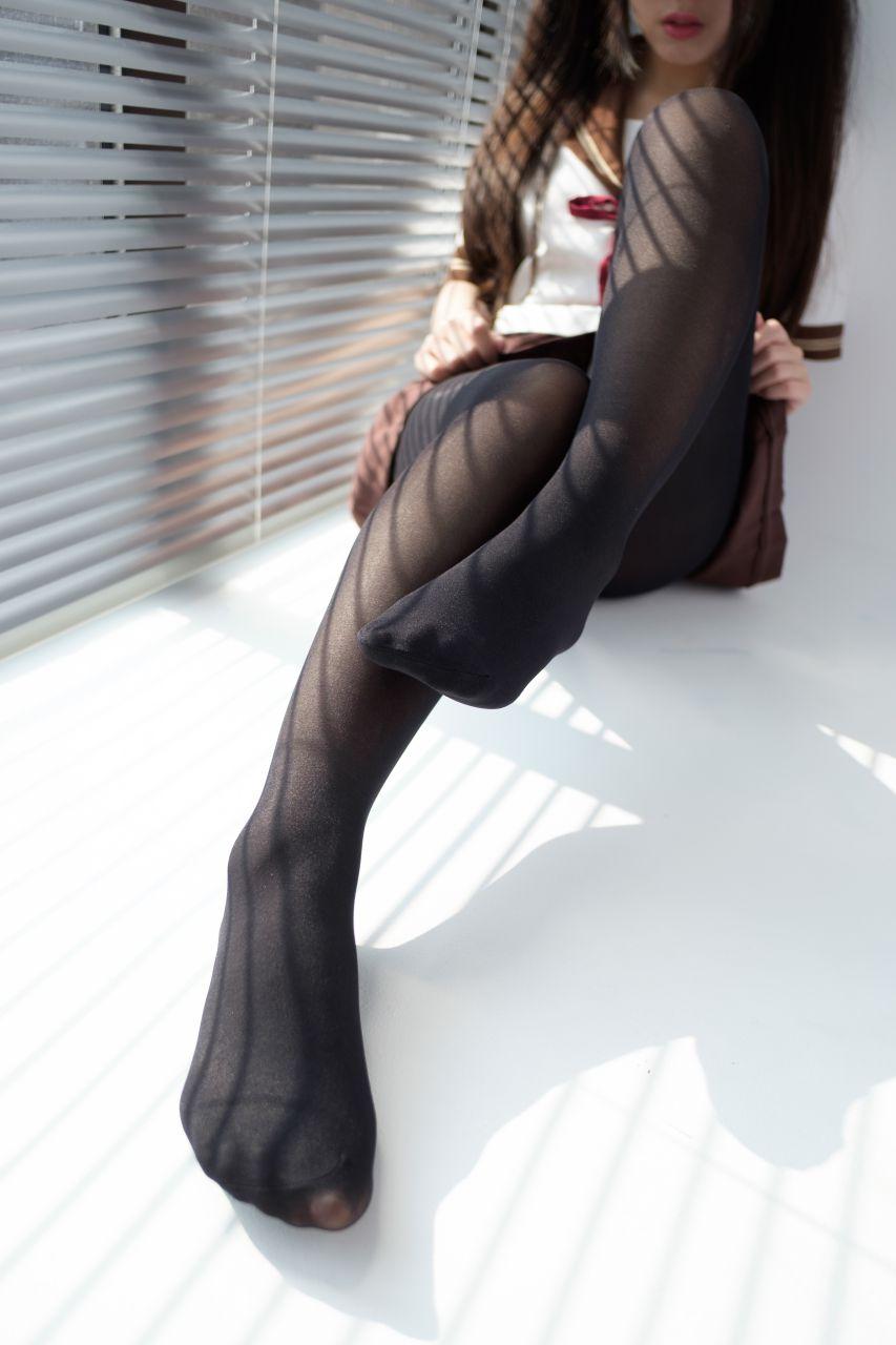 【森萝财团】森萝财团写真 - BETA-011 JK黑丝美足 [68P-303MB] BETA系列 第5张