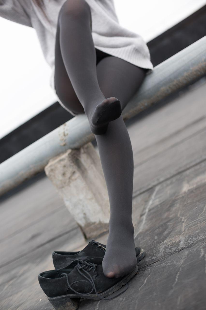 【森萝财团】森萝财团写真 - BETA-007楼梯间的黑丝小妹 [47P-285MB] BETA系列 第1张