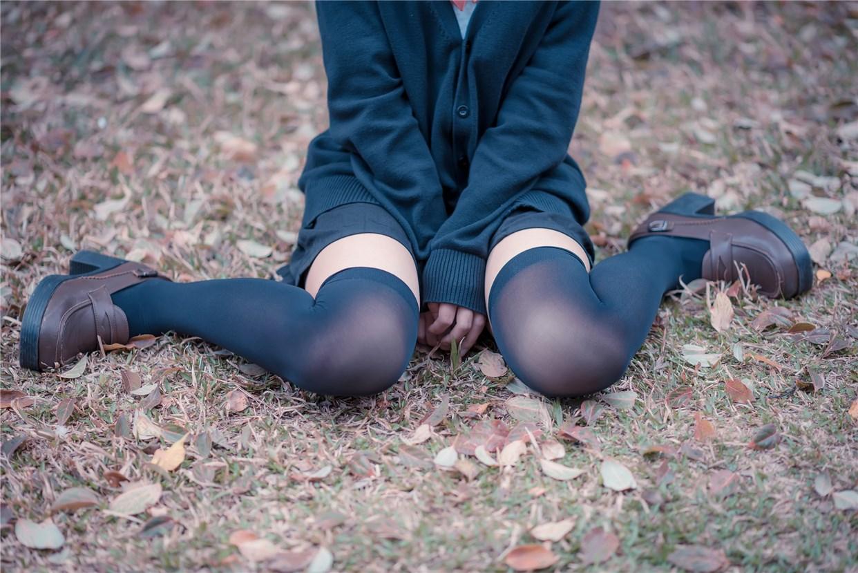 【兔玩映画】公园里的黑丝 兔玩映画 第33张