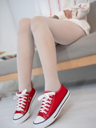 【森萝财团】 森萝财团写真 – JKFUN-054 红布鞋白丝 13D白丝 小夜 [50P-1V-1.75GB]