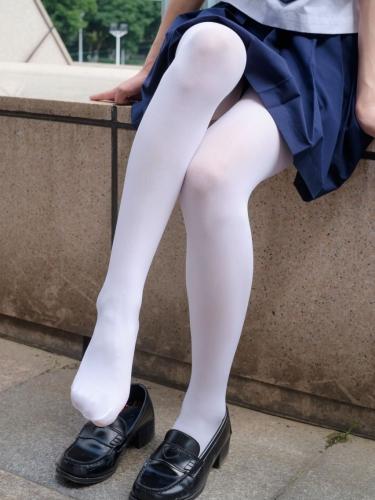 【森萝财团】森萝财团写真 – [BETA-004] 高中女生JK白丝外拍 [113P-787MB]