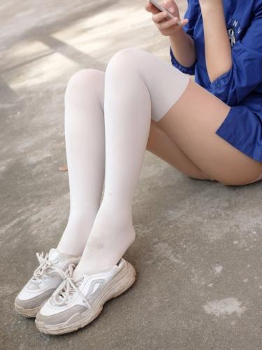 【森萝财团】森萝财团写真 – BETA-018 JK白丝外拍 [57P-608MB]