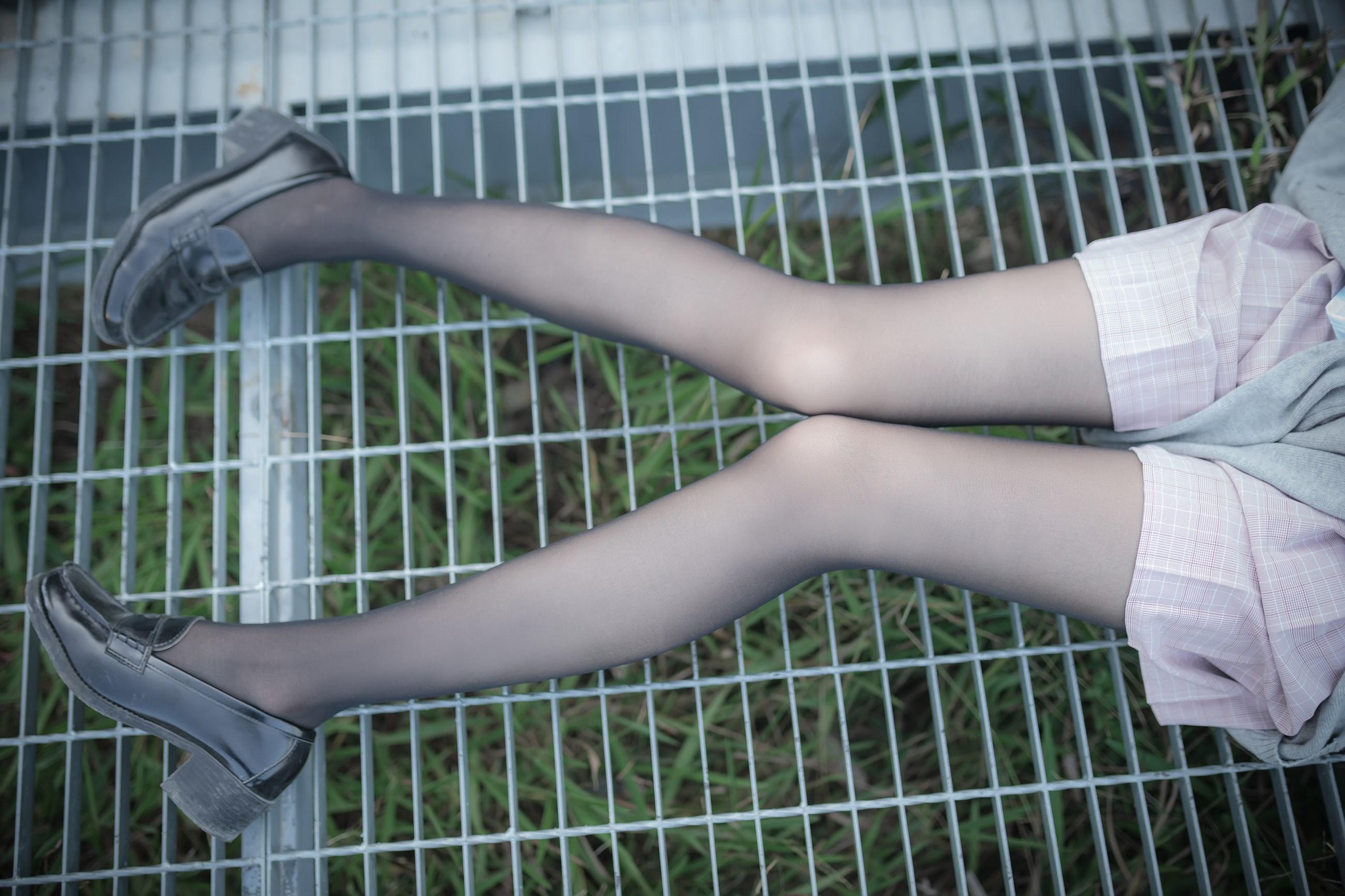 【兔玩映画】铁轨旁的小细腿 兔玩映画 第36张