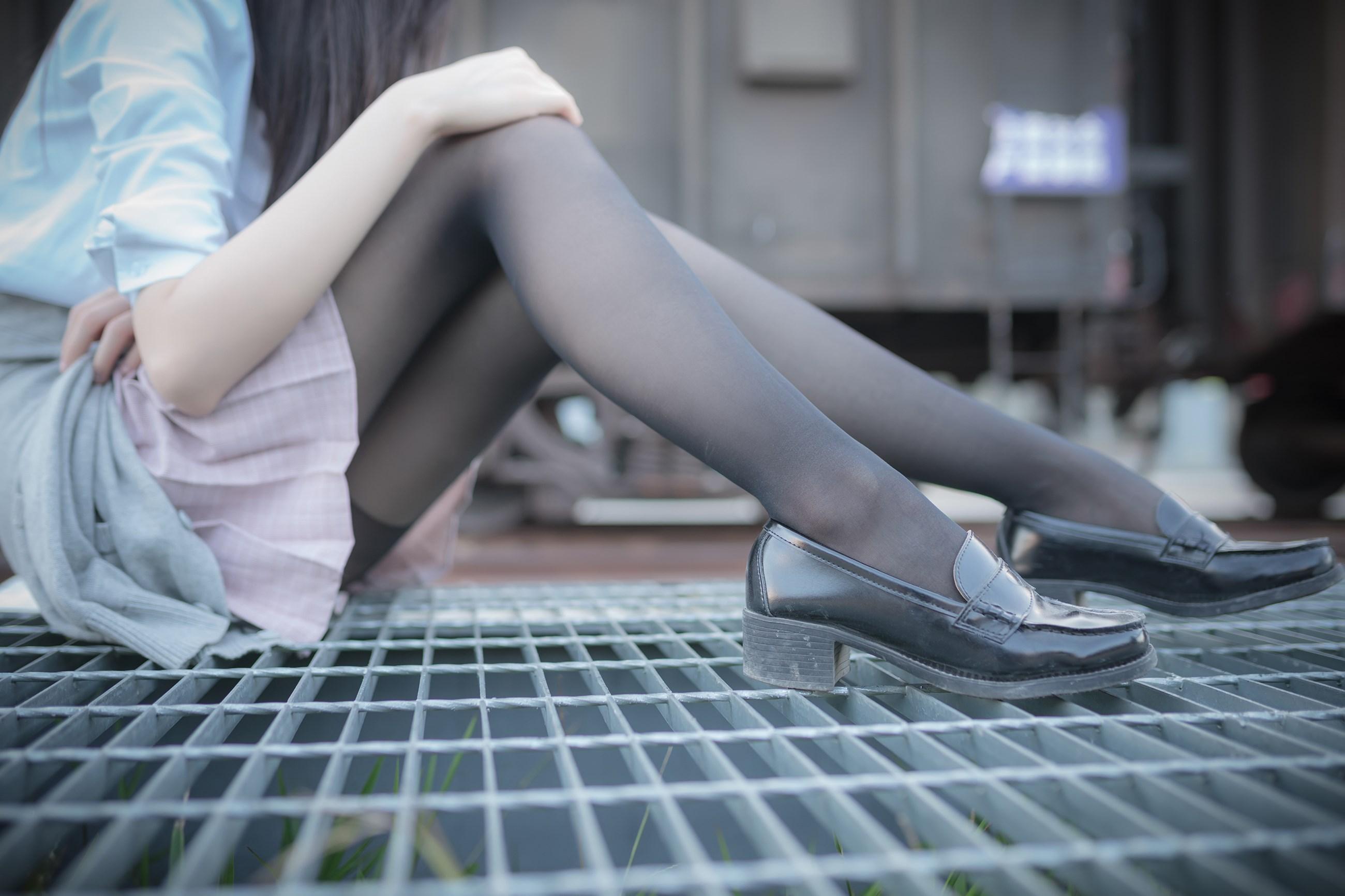 【兔玩映画】铁轨旁的小细腿 兔玩映画 第31张