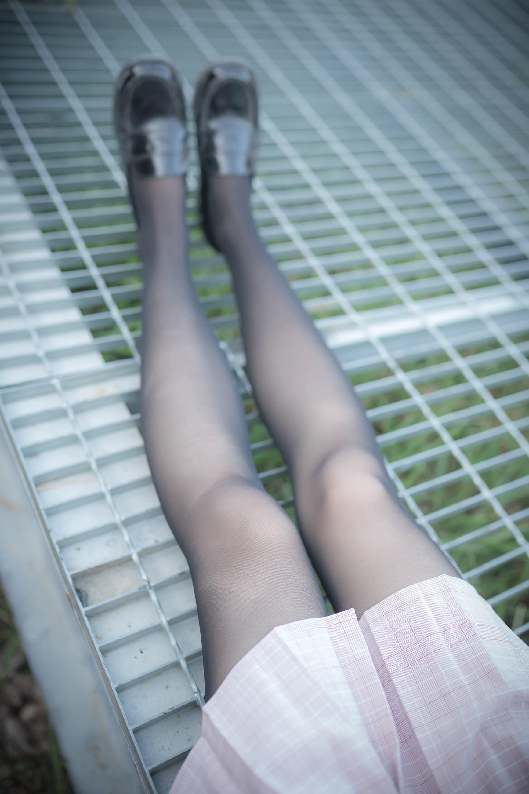 【兔玩映画】铁轨旁的小细腿 兔玩映画 第27张