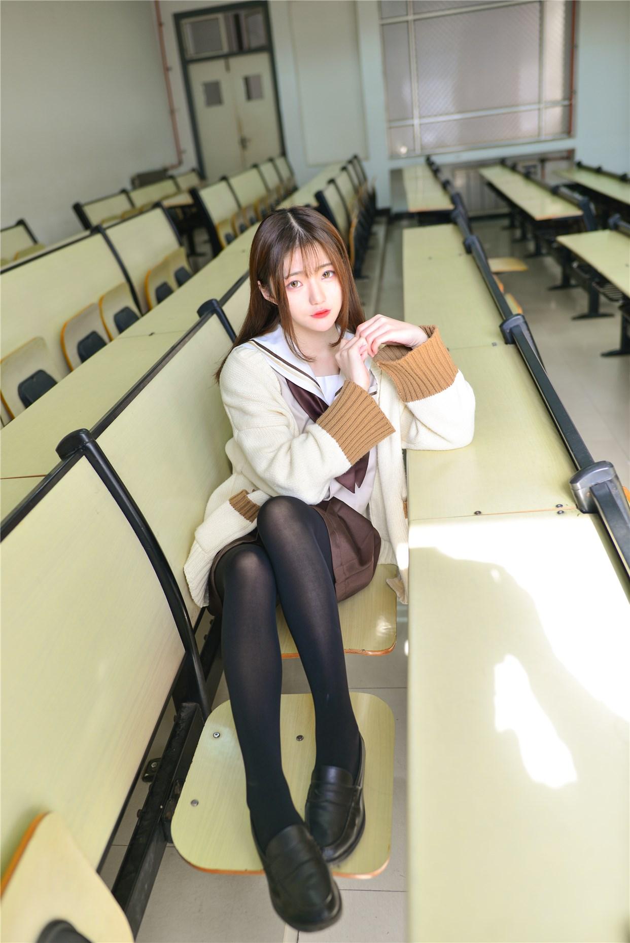 【兔玩映画】冬天里的JK黑丝 兔玩映画 第16张