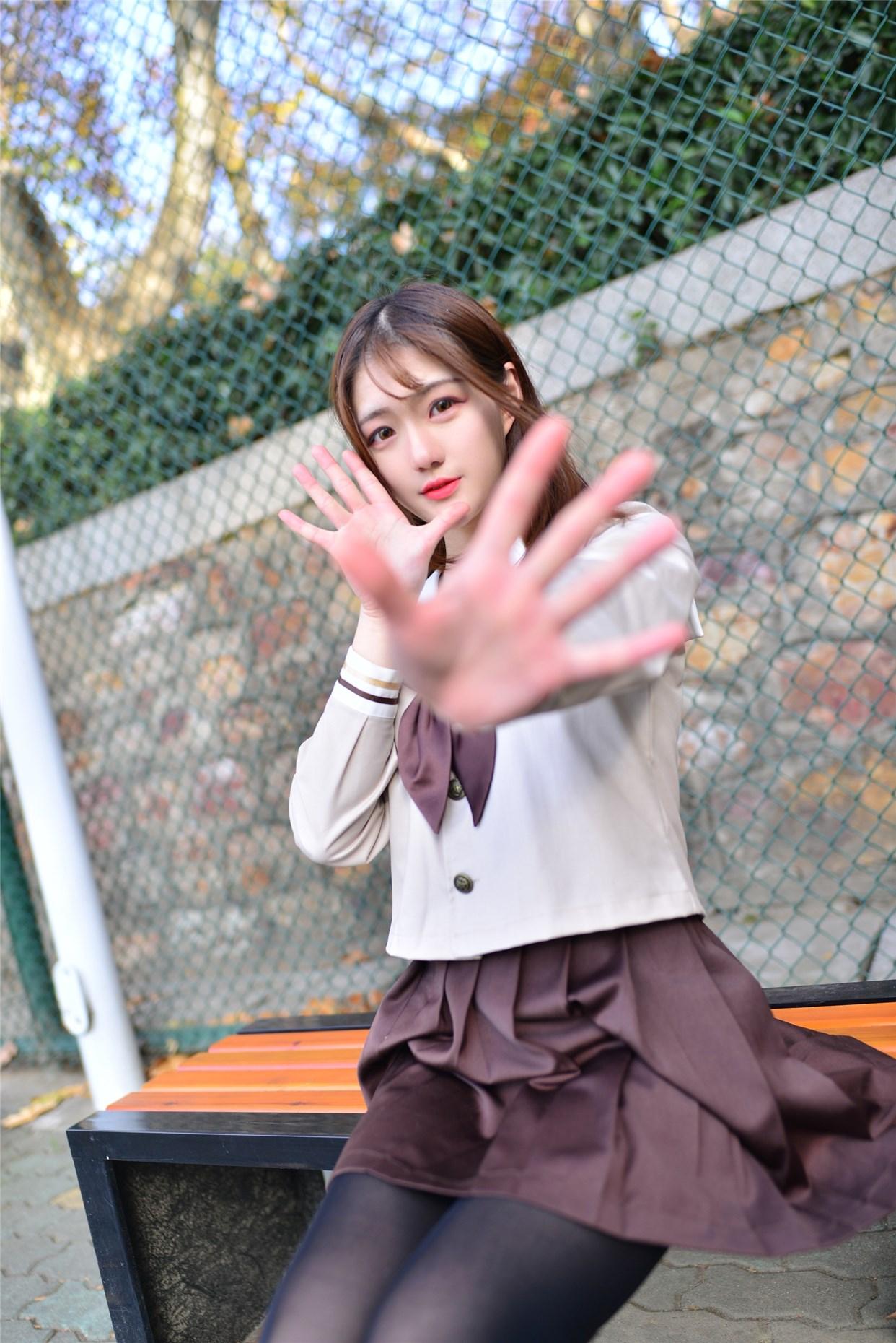 【兔玩映画】冬天里的JK黑丝 兔玩映画 第5张