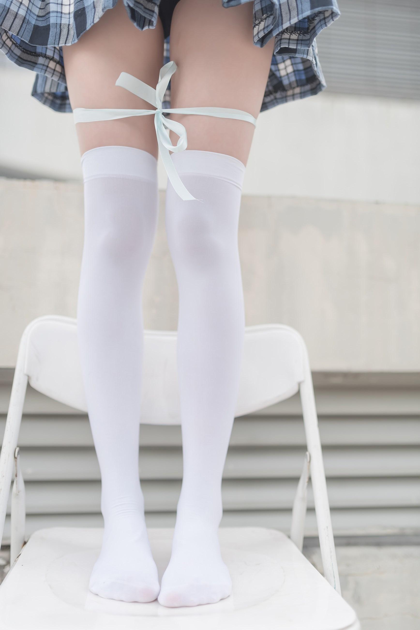 【兔玩映画】白丝格裙 兔玩映画 第4张
