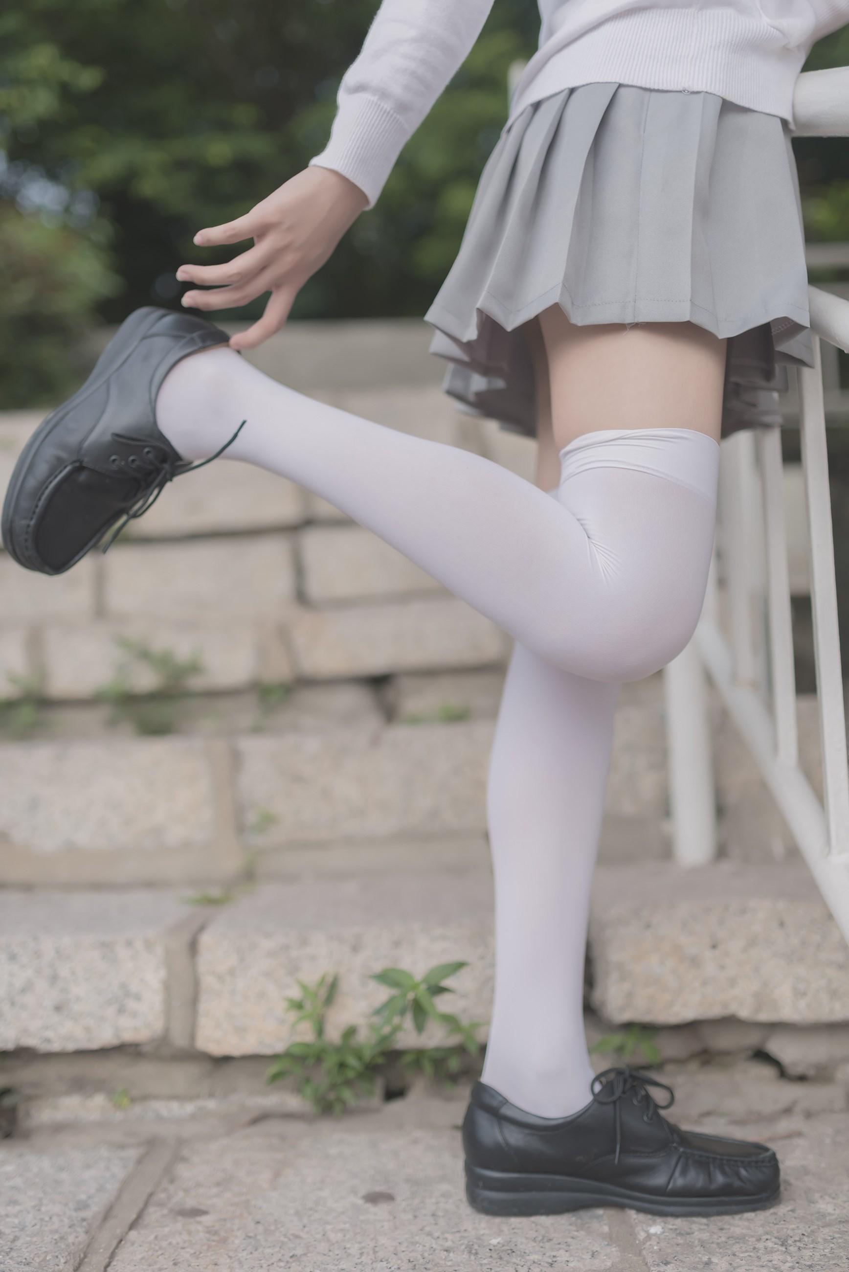 【兔玩映画】灰色天空 兔玩映画 第2张