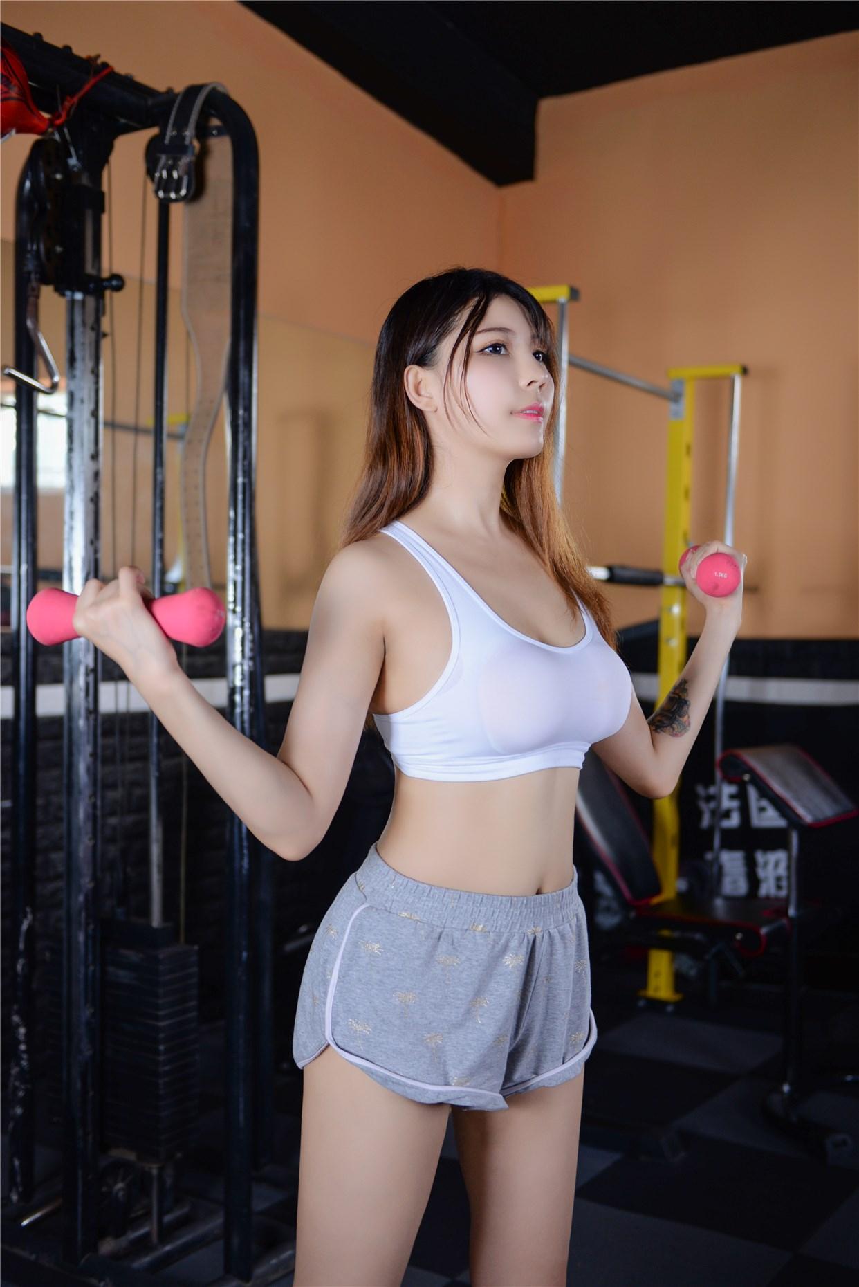 【兔玩映画】健身房的美少女 兔玩映画 第41张