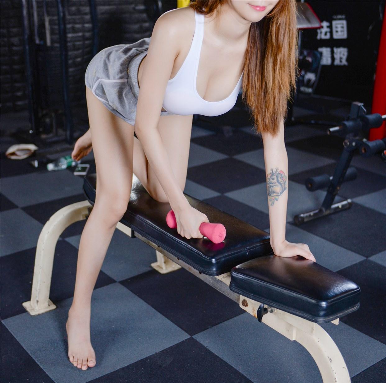 【兔玩映画】健身房的美少女 兔玩映画 第34张