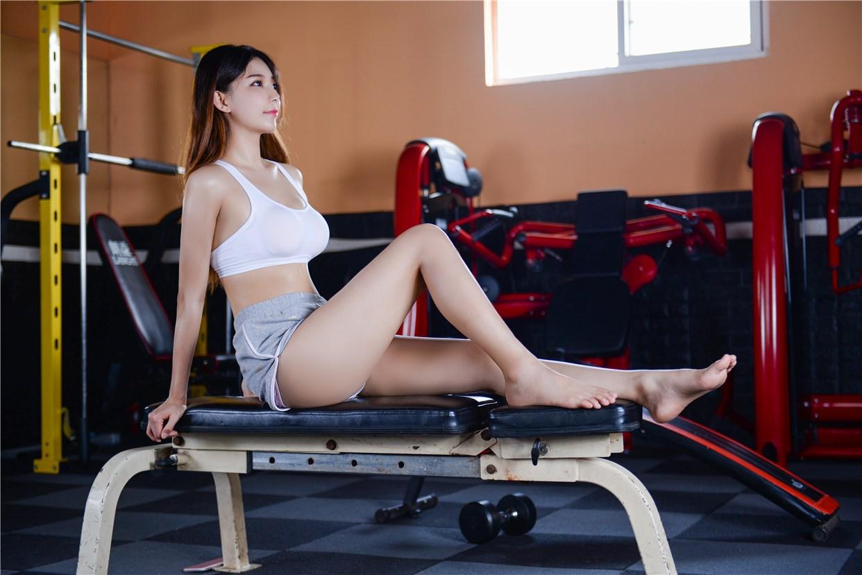 【兔玩映画】健身房的美少女 兔玩映画 第29张