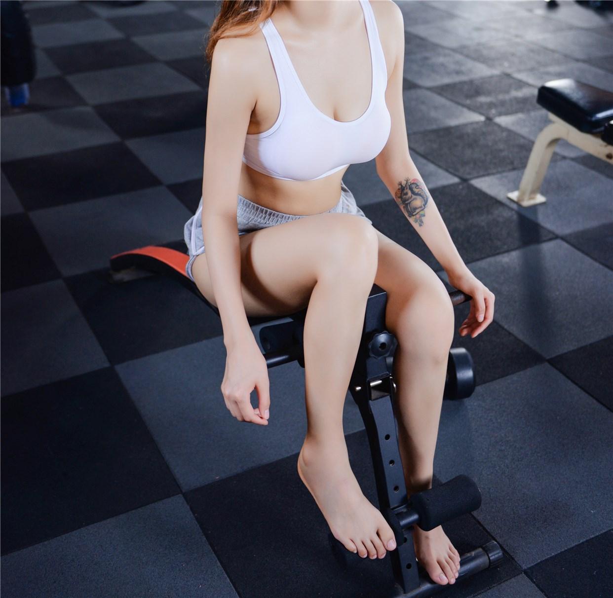 【兔玩映画】健身房的美少女 兔玩映画 第28张