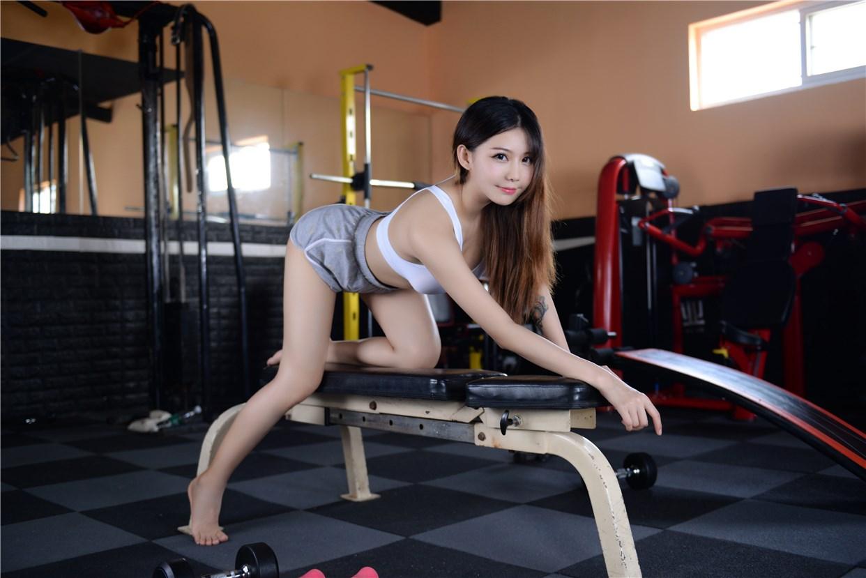 【兔玩映画】健身房的美少女 兔玩映画 第20张