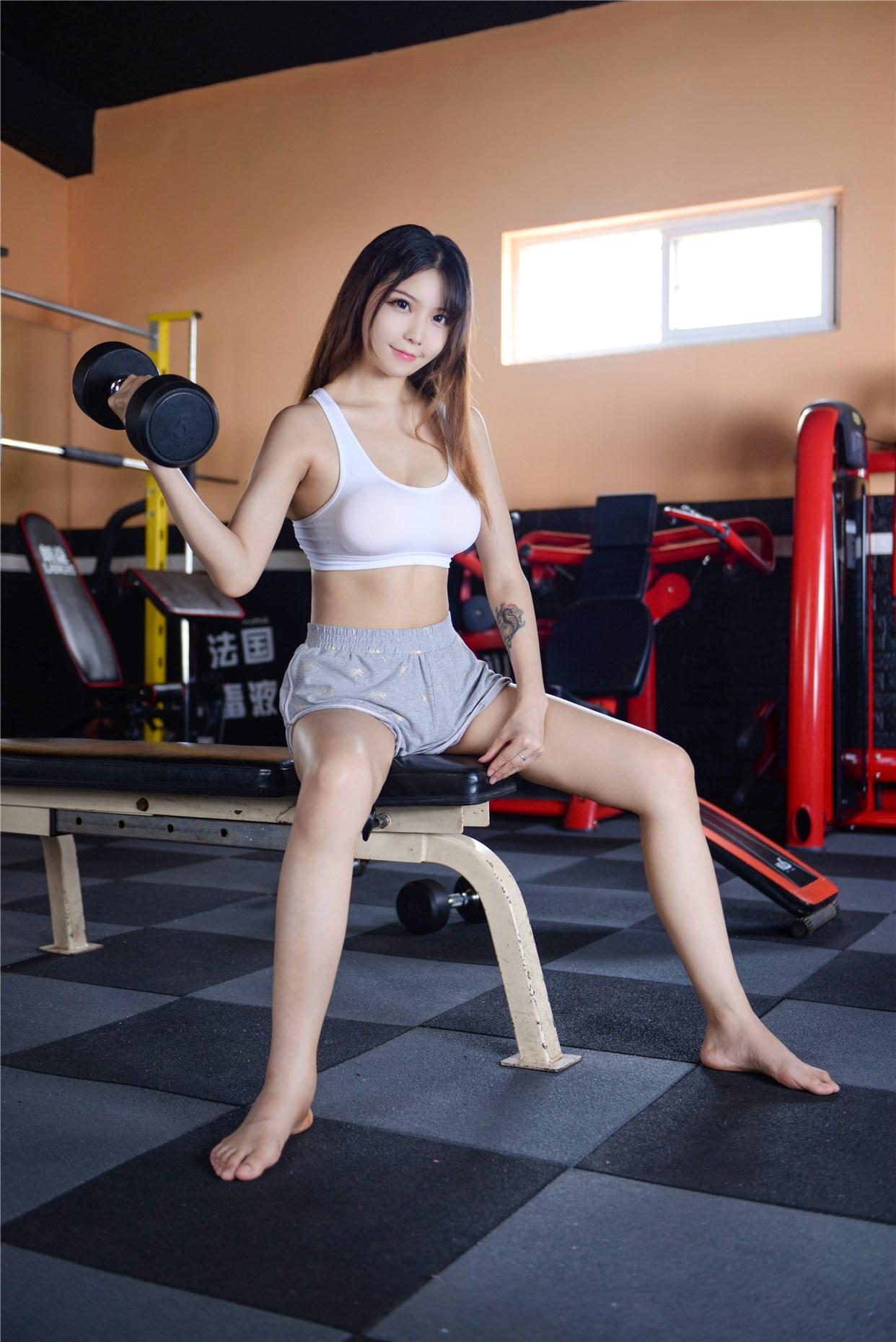 【兔玩映画】健身房的美少女 兔玩映画 第15张