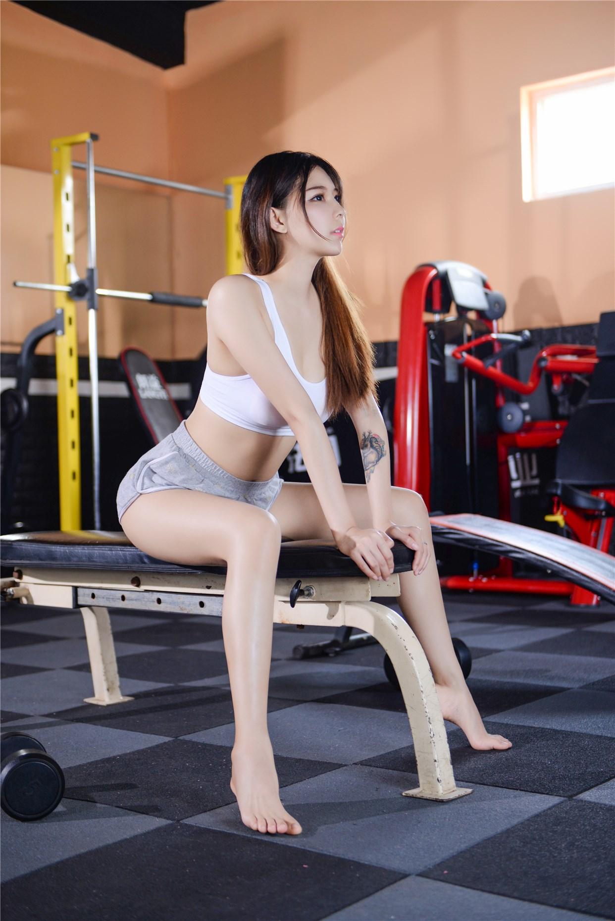 【兔玩映画】健身房的美少女 兔玩映画 第3张