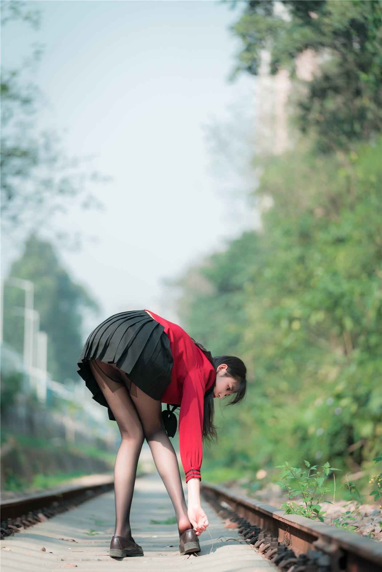 【兔玩映画】奔跑的红色JK 兔玩映画 第17张