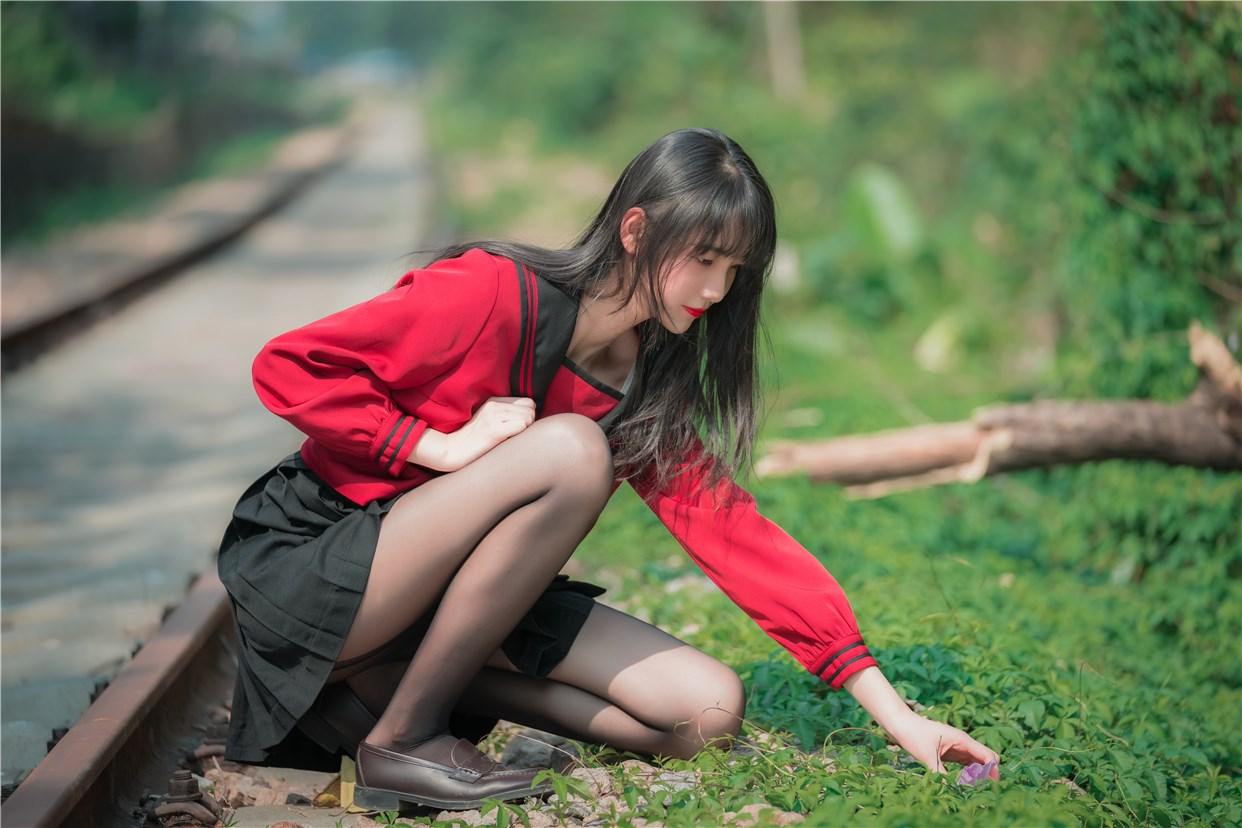 【兔玩映画】奔跑的红色JK 兔玩映画 第4张