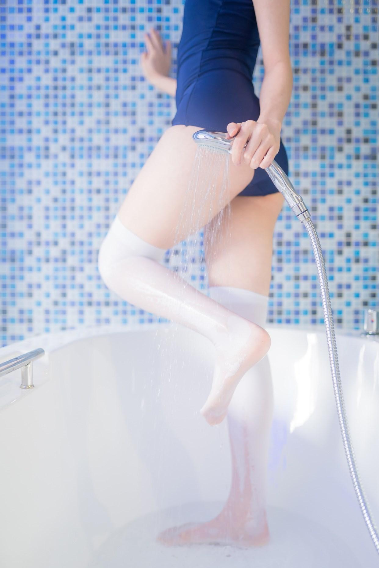 【兔玩映画】vol.18-浴室里 兔玩映画 第3张
