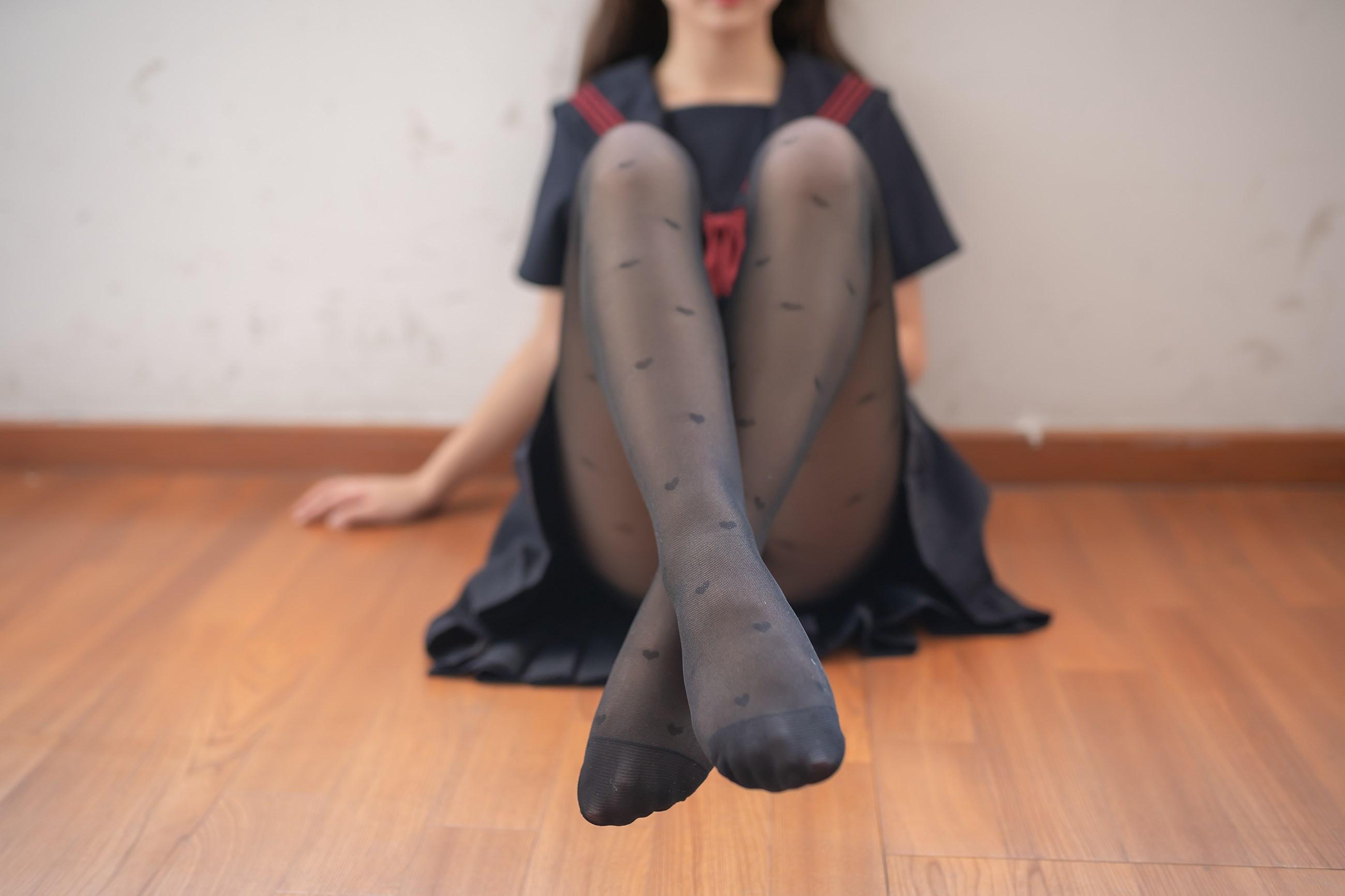 【兔玩映画】教室里的黑丝JK 兔玩映画 第10张
