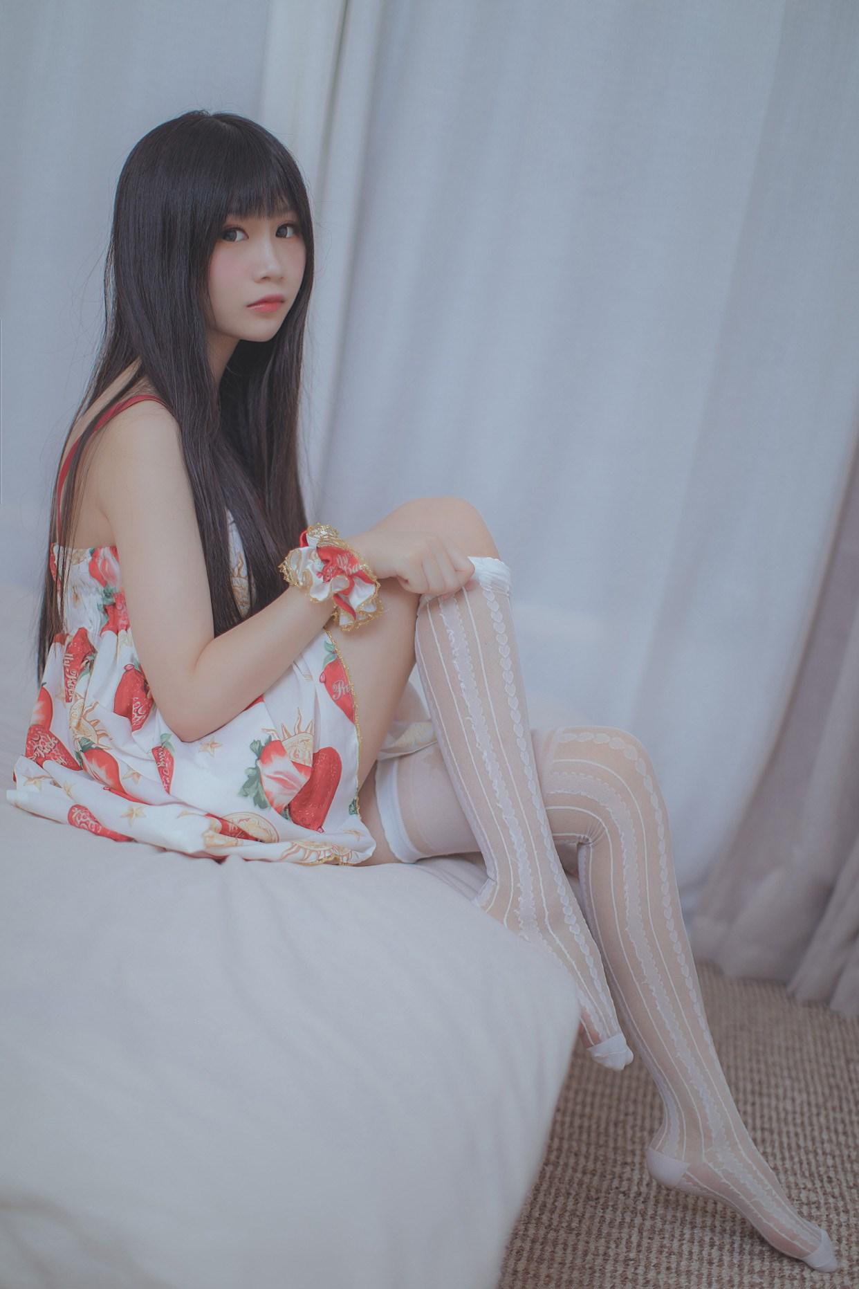 【兔玩映画】草莓小裙子 兔玩映画 第40张