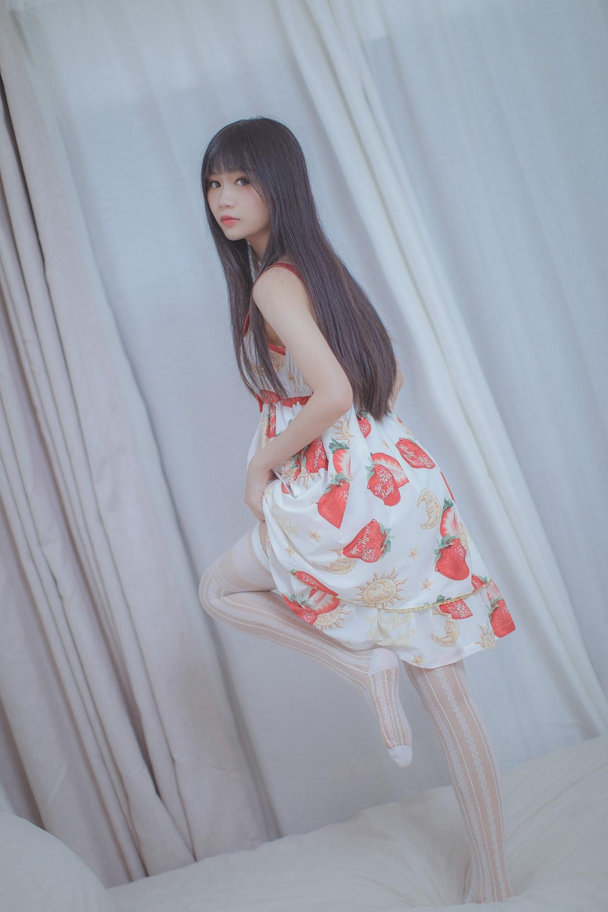 【兔玩映画】草莓小裙子 兔玩映画 第32张