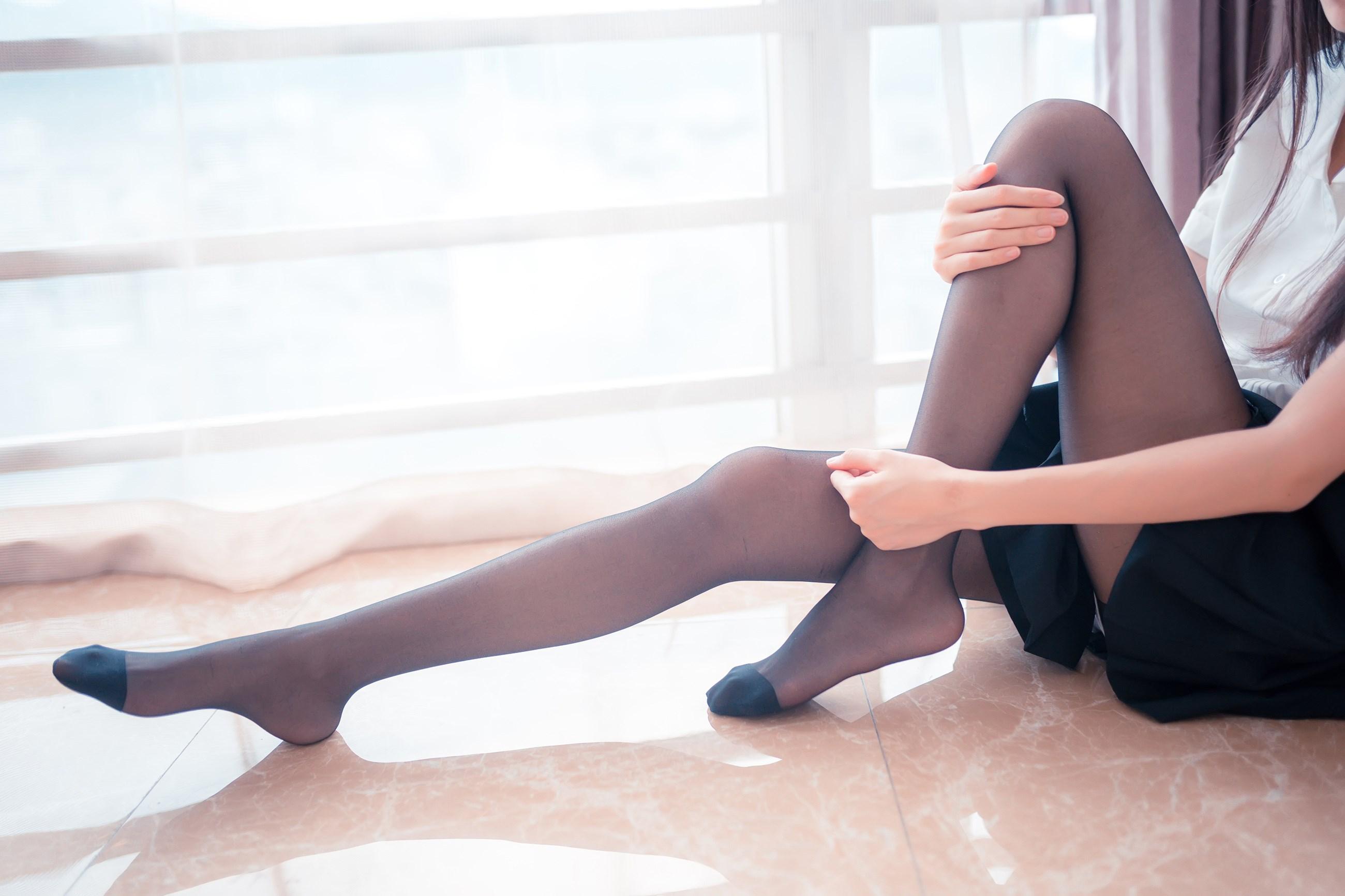 【兔玩映画】黑丝和百褶裙 兔玩映画 第11张