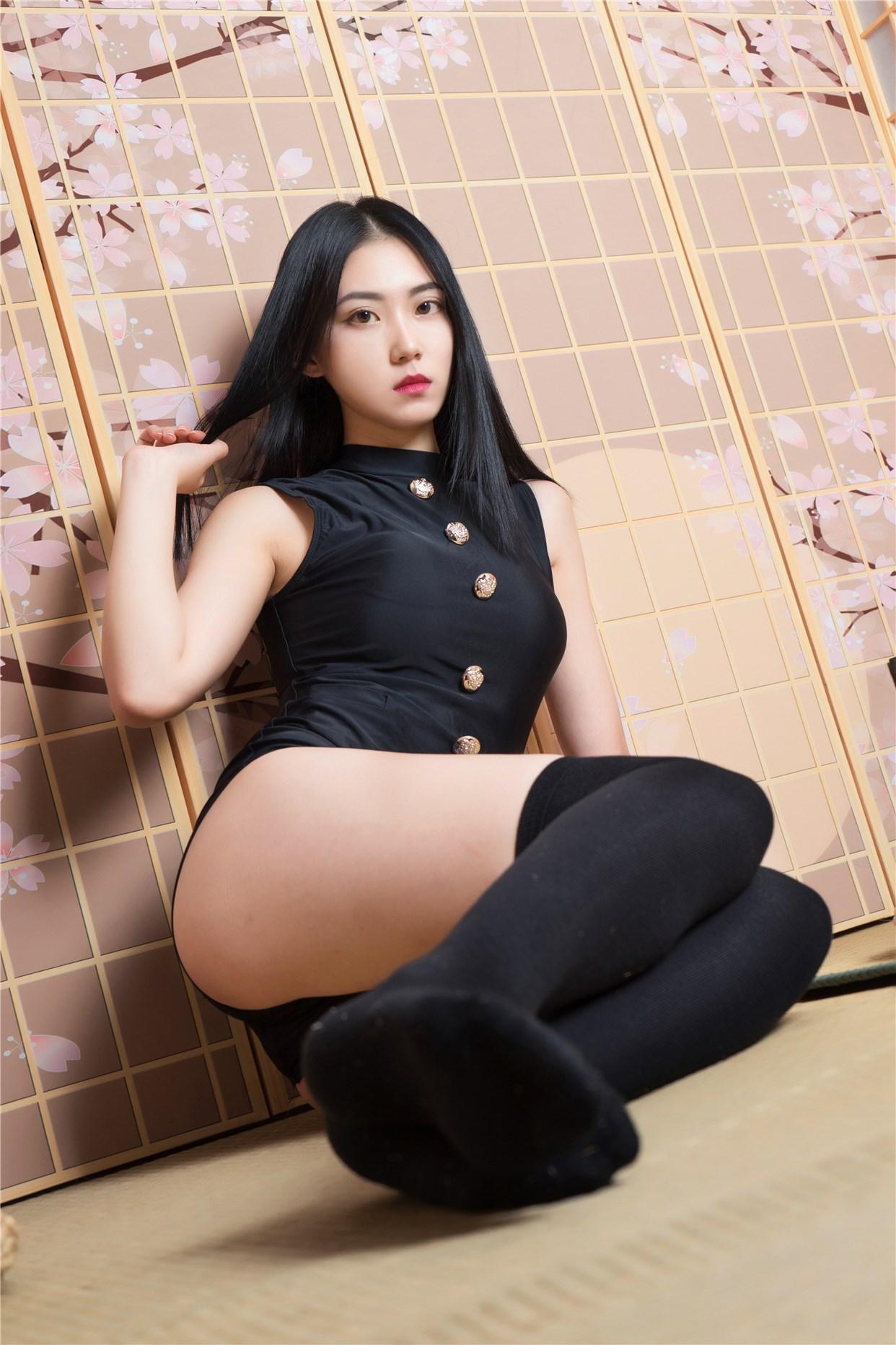 【兔玩映画】黑色制服的少女 兔玩映画 第2张
