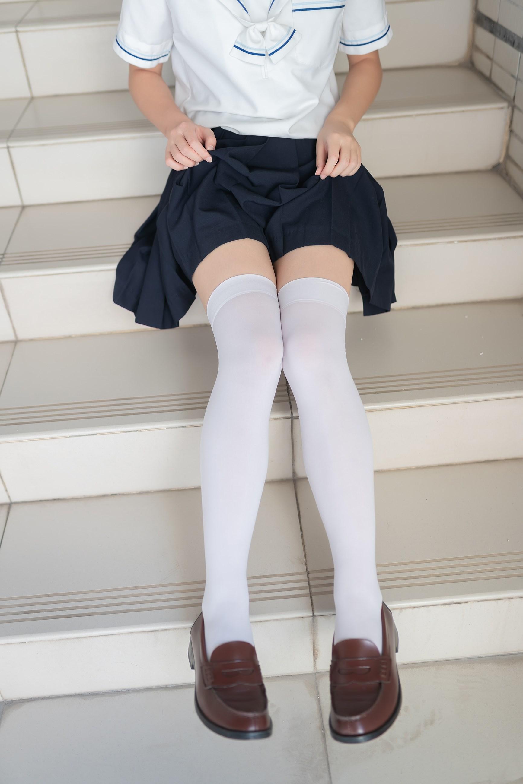 【兔玩映画】楼梯上的白丝少女 兔玩映画 第17张