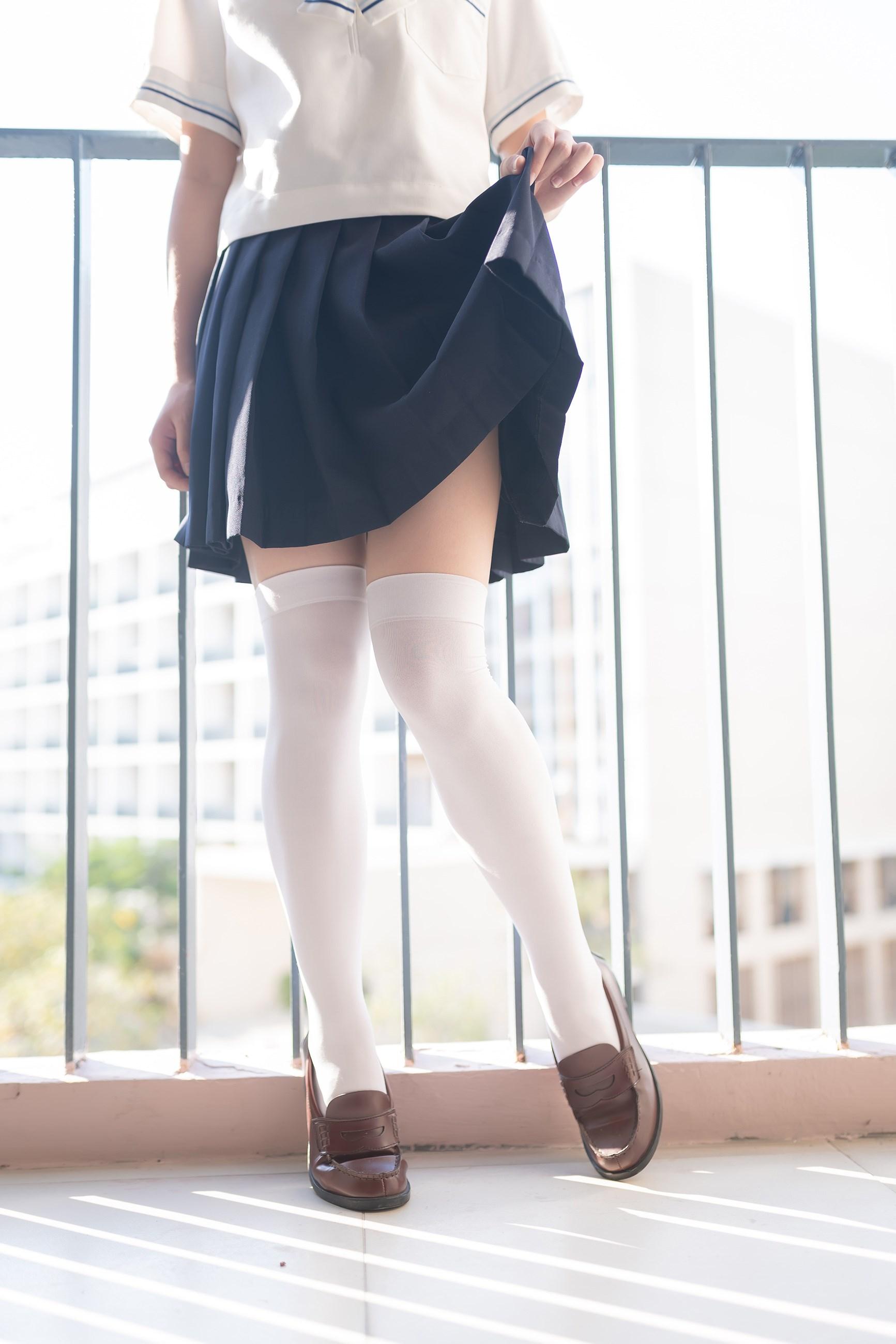 【兔玩映画】楼梯上的白丝少女 兔玩映画 第21张