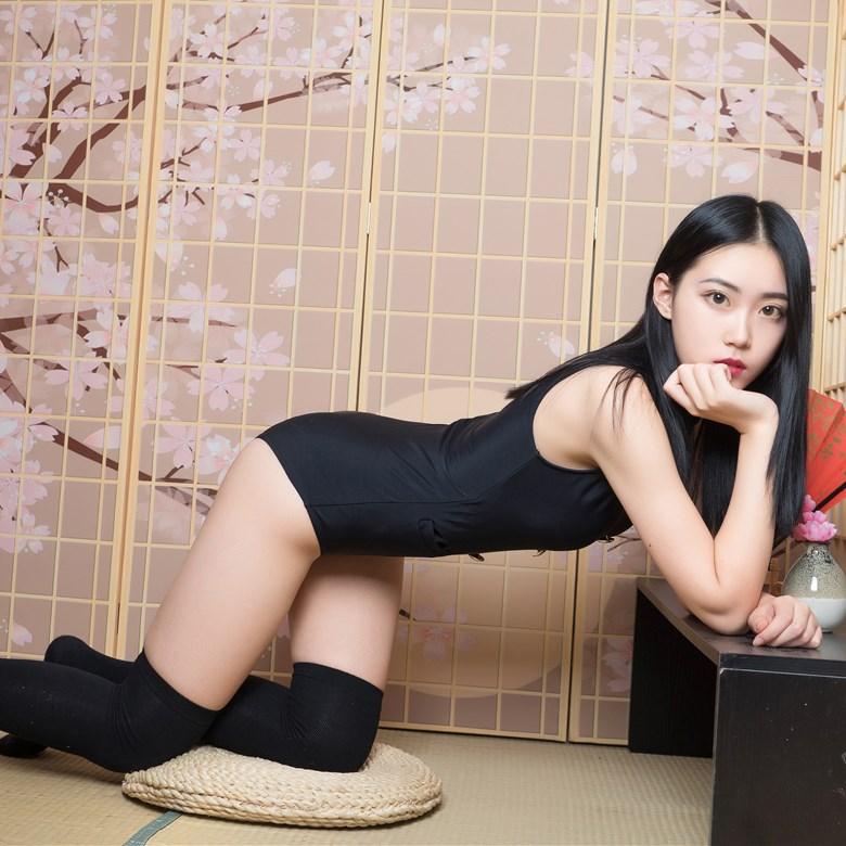 【兔玩映画】黑色制服的少女 兔玩映画 第1张
