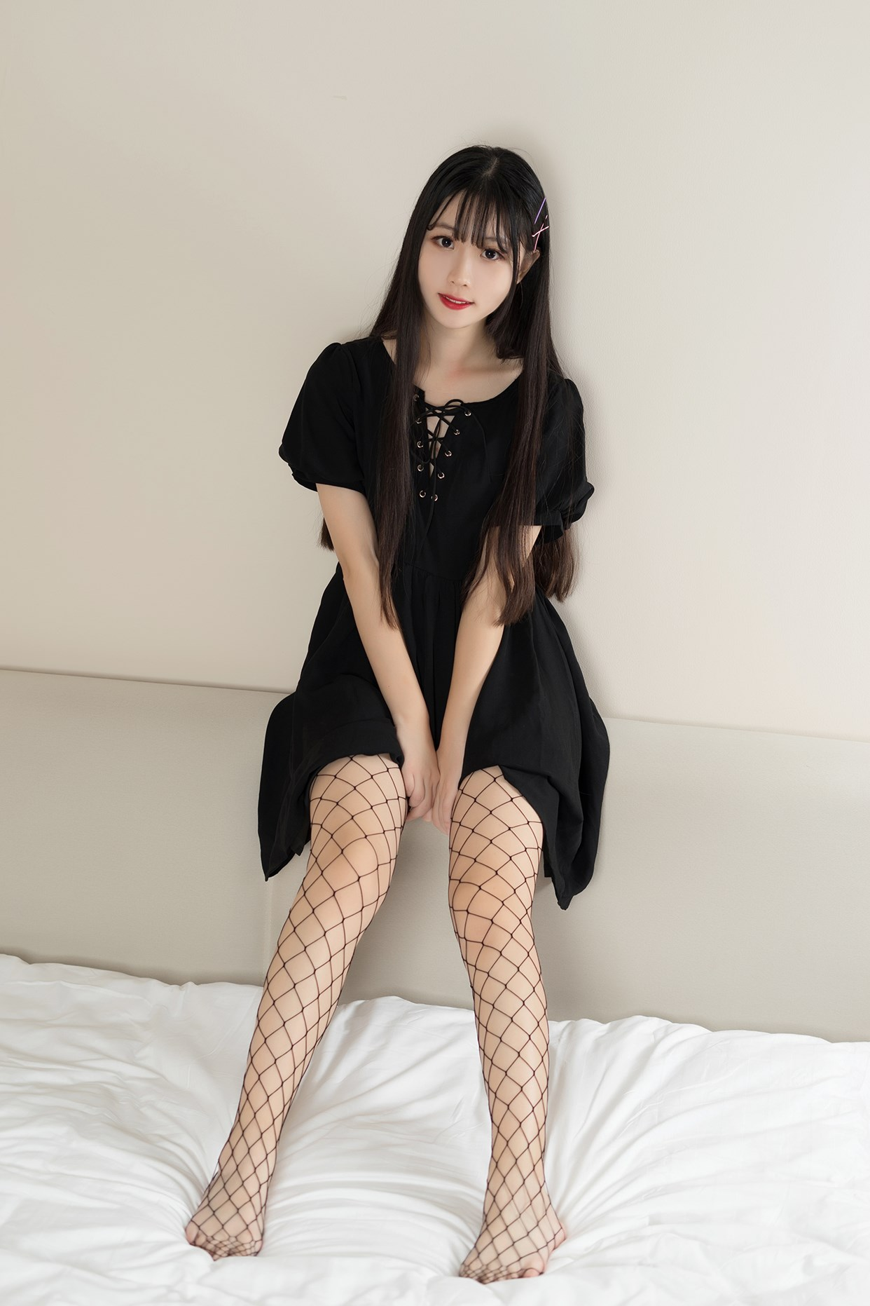 【兔玩映画】黑色网袜 兔玩映画 第2张