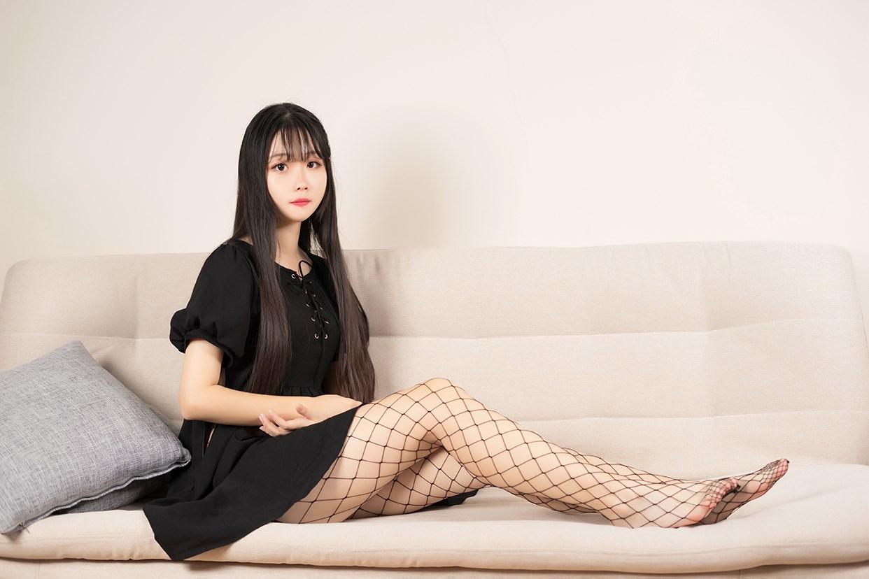 【兔玩映画】黑色网袜 兔玩映画 第6张