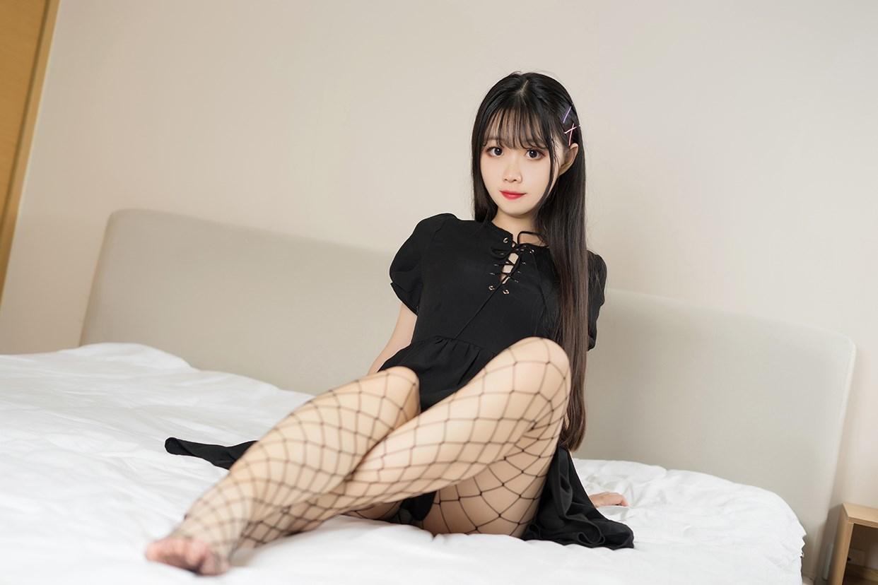 【兔玩映画】黑色网袜 兔玩映画 第16张