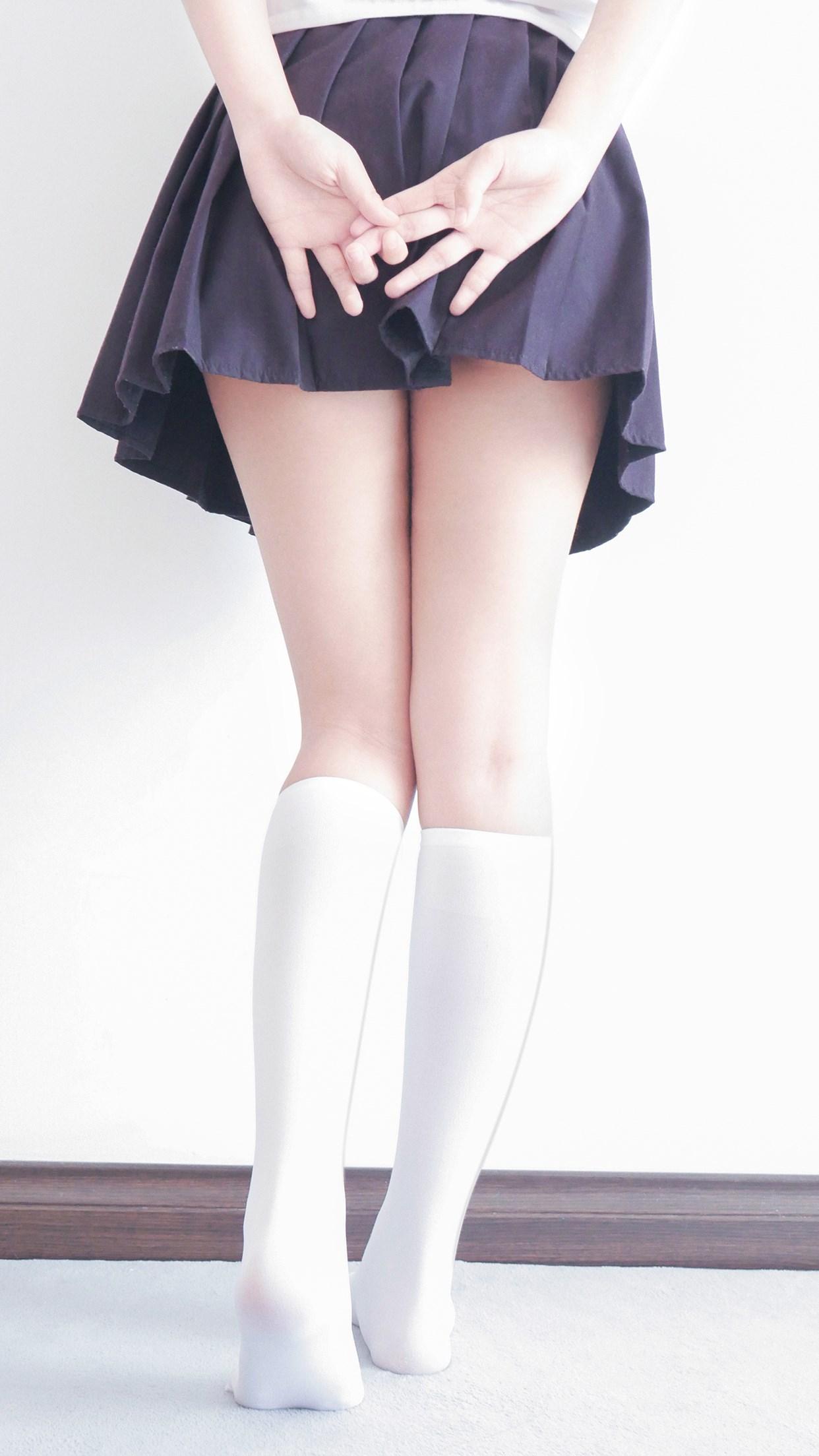 【兔玩映画】白白白半筒袜 兔玩映画 第10张