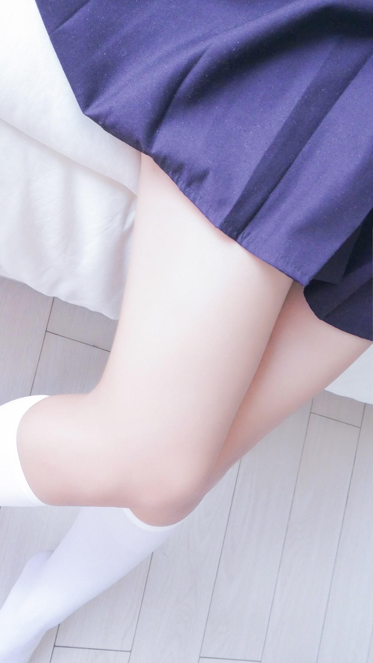 【兔玩映画】白白白半筒袜 兔玩映画 第23张