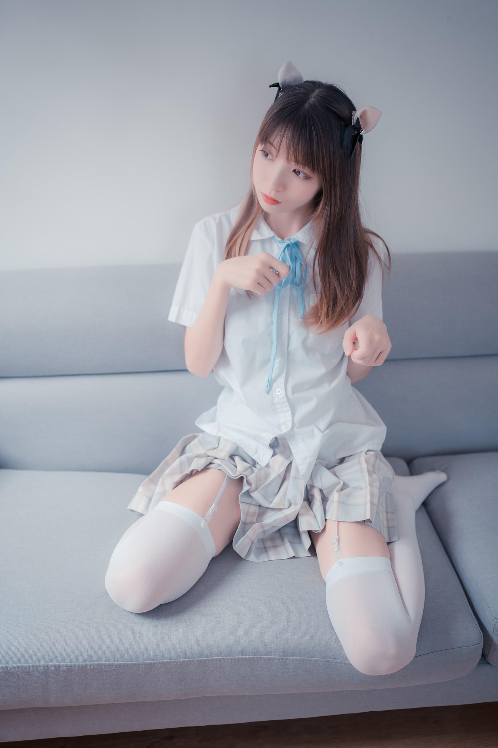 【兔玩映画】沙发上的JK少女 兔玩映画 第1张