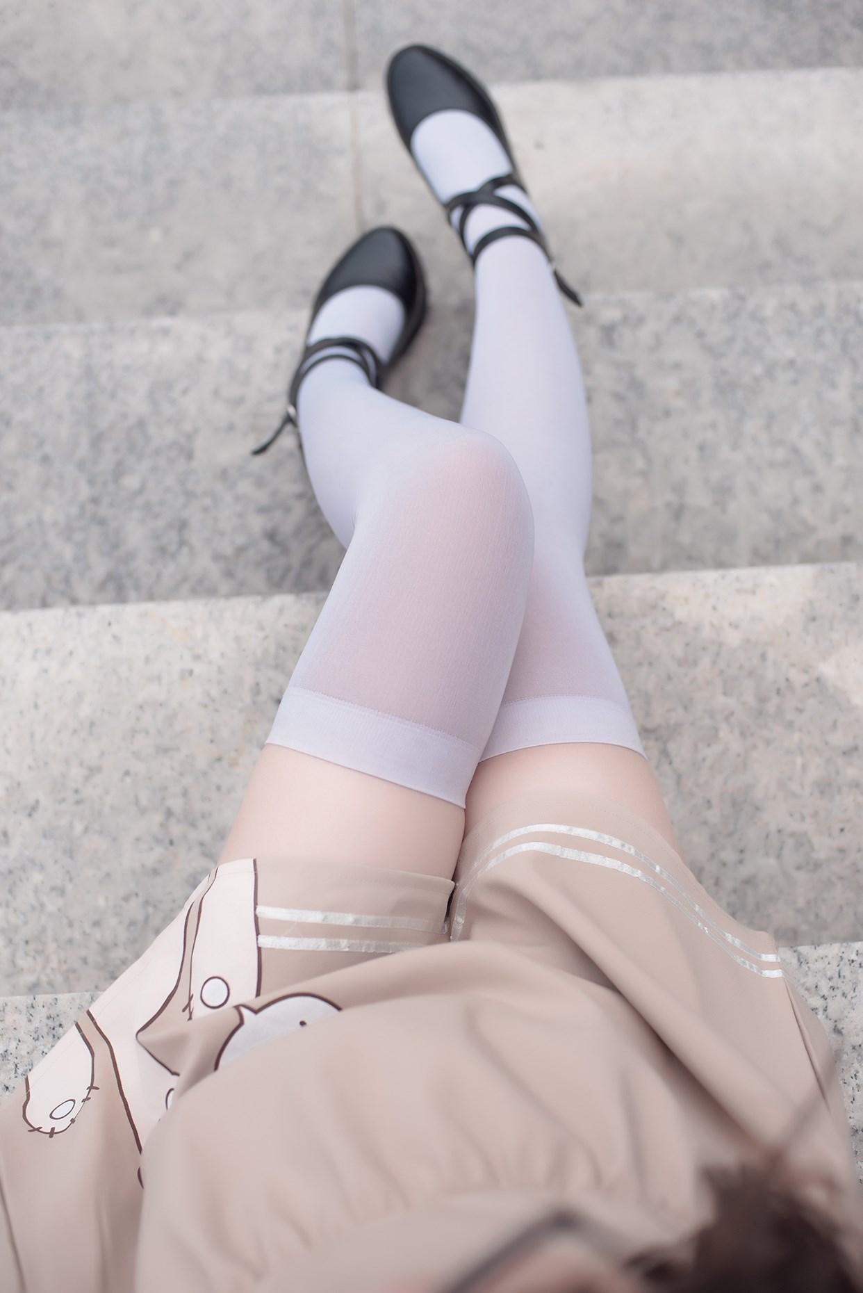 【兔玩映画】小熊白丝 兔玩映画 第3张