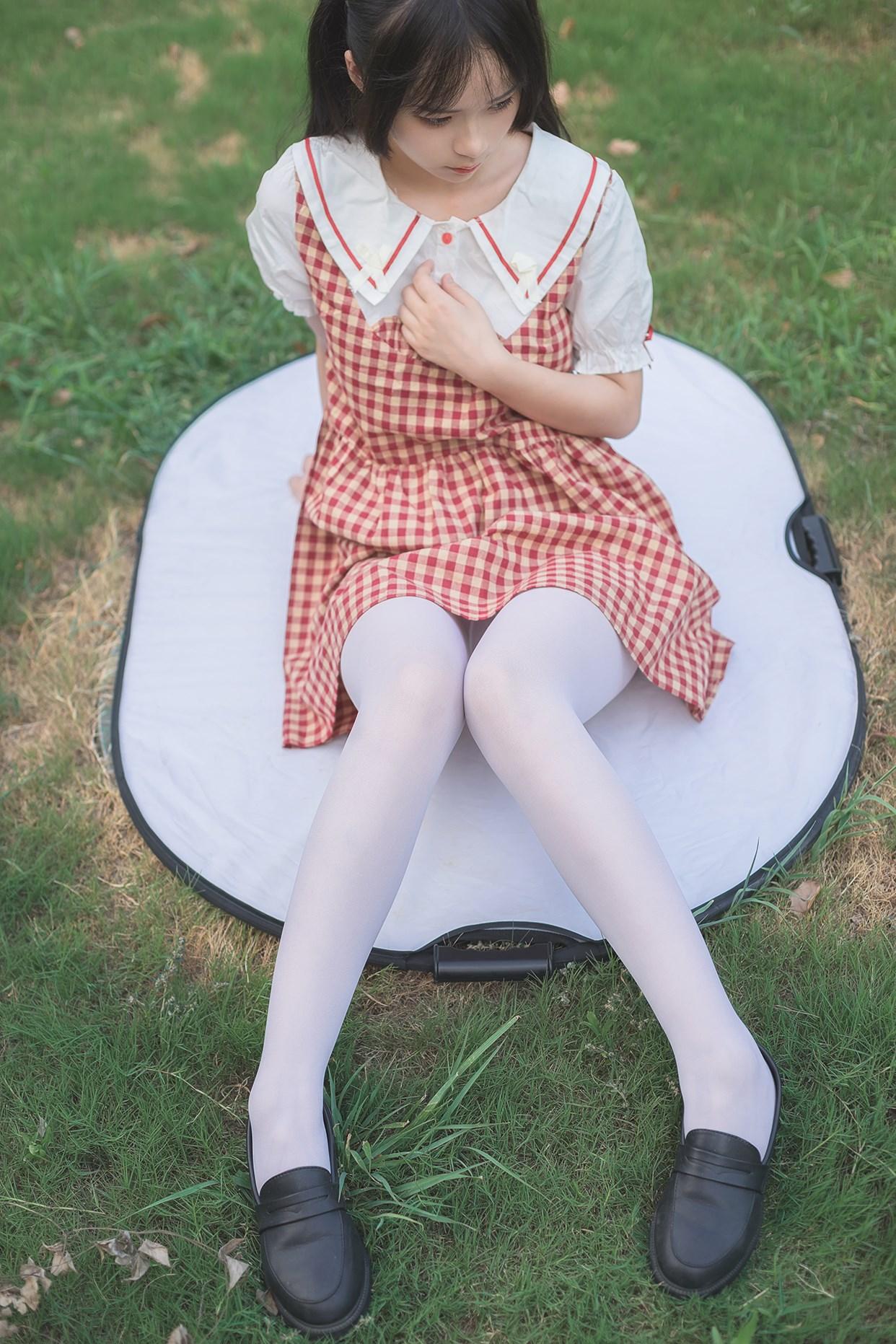 【兔玩映画】萝莉的白丝袜 兔玩映画 第1张