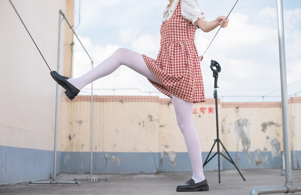 【兔玩映画】萝莉的白丝袜 兔玩映画 第3张