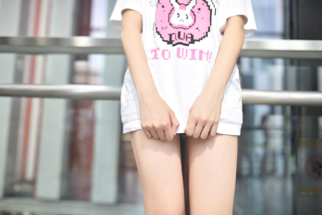 【兔玩映画】短发妹子的小细腿 兔玩映画 第13张